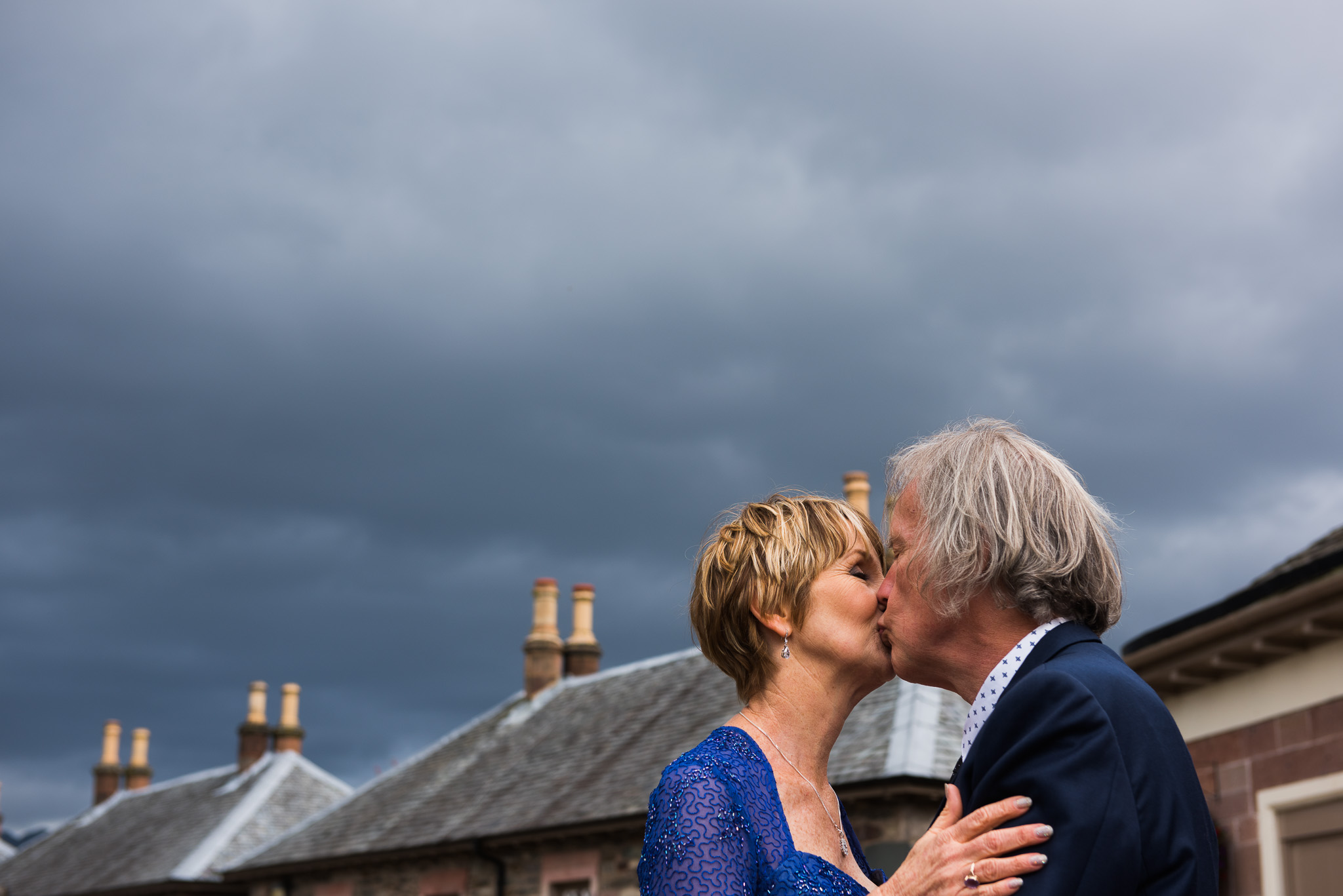 Wedding kiss in Luss, Loch Lomond
