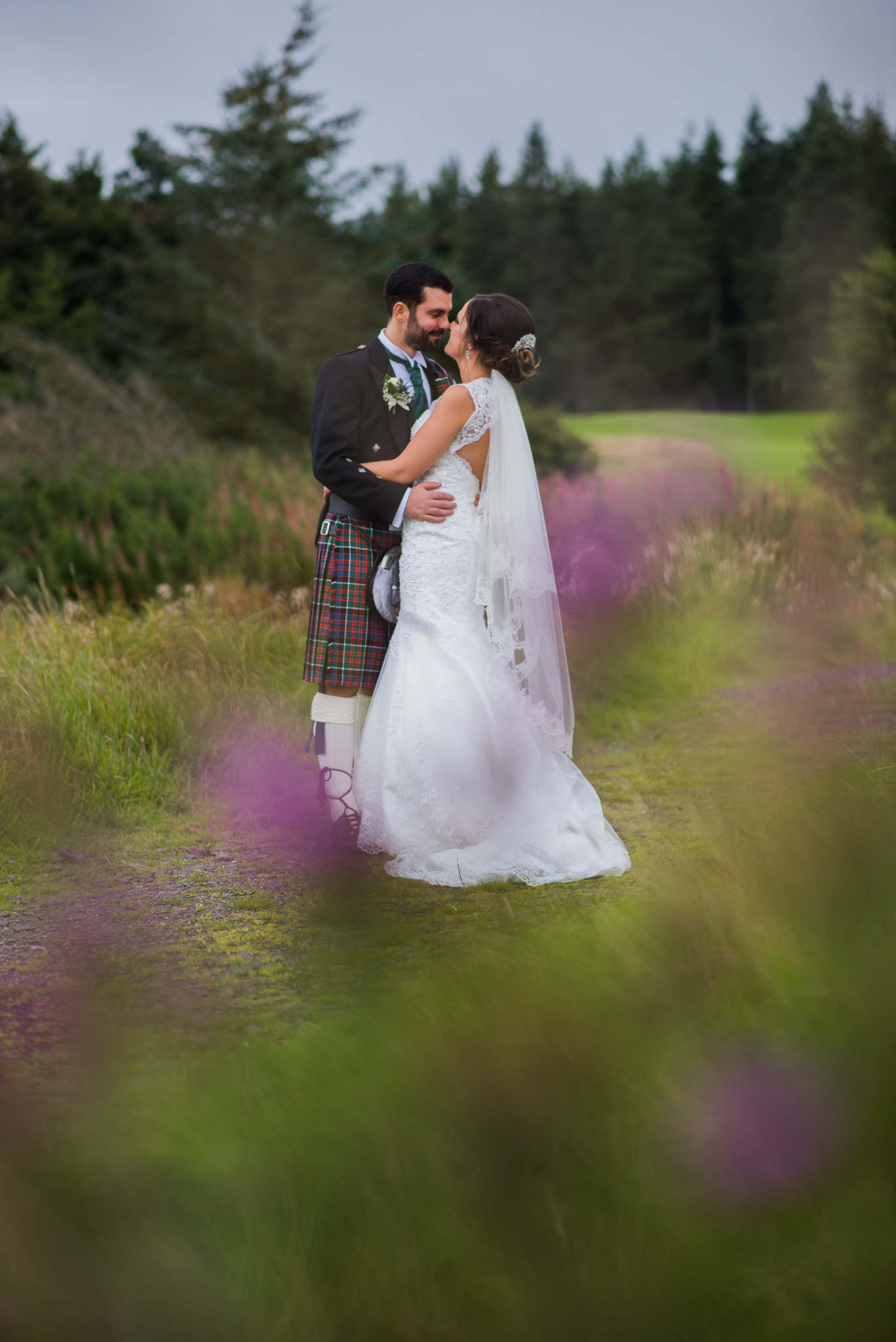 Wedding couple at Gleddoch House golf course