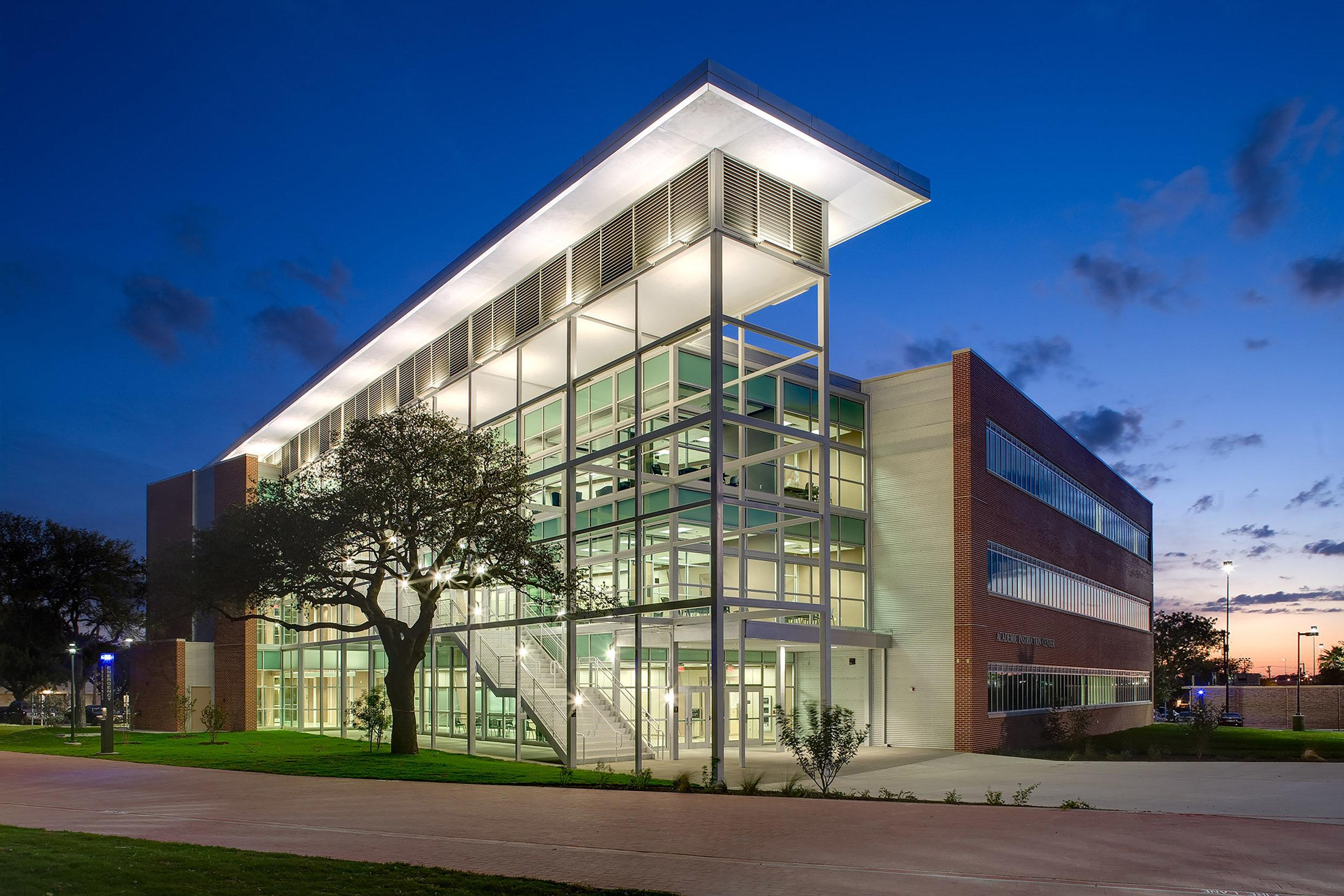 Exterior View: San Antonio College Academic Complex
