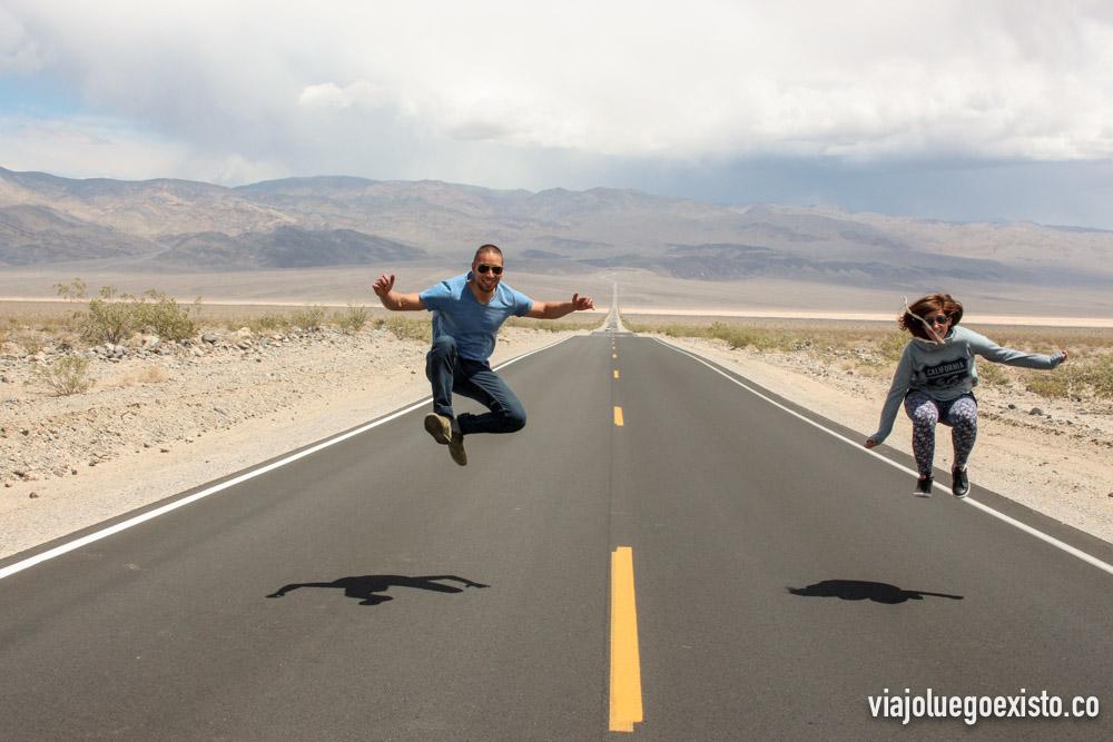 Carreteras infinitas en Death Valley