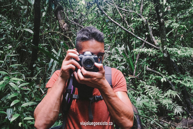 Mi bonita  Olympus E-M10  y yo en Costa Rica.