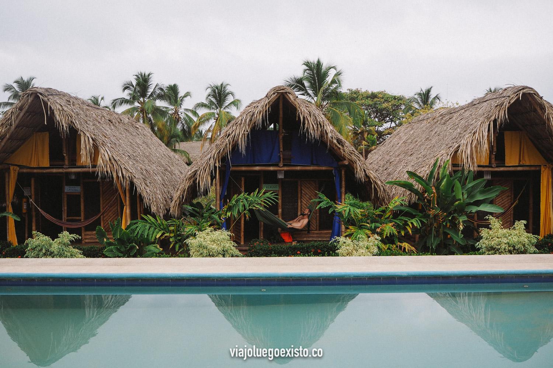 Tiki Hut Hostel, nuestro hostal en Palomino, Colombia.