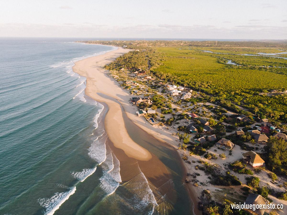 Vistas aéreas de la playa de Barra