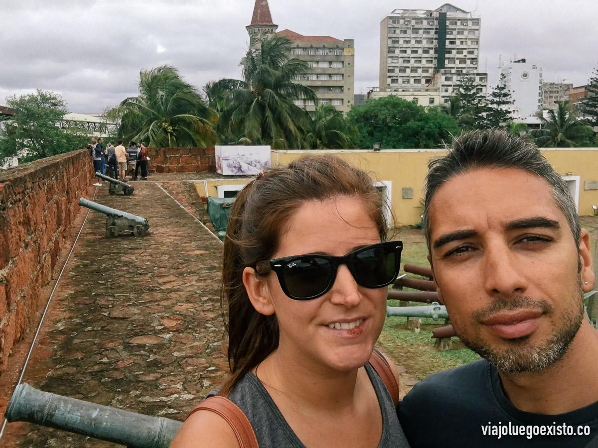 Visitando la fortaleza de Maputo