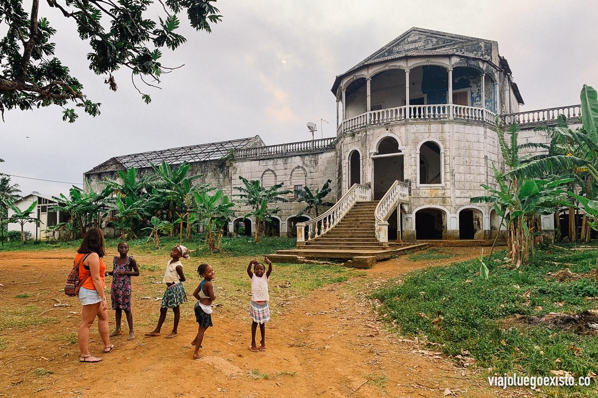 Hospital abandonado de la Roça Agua Izé