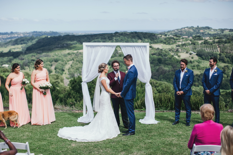 Hunter Valley, Sydney Marriage Celebrant Wedding Oliver Thomson