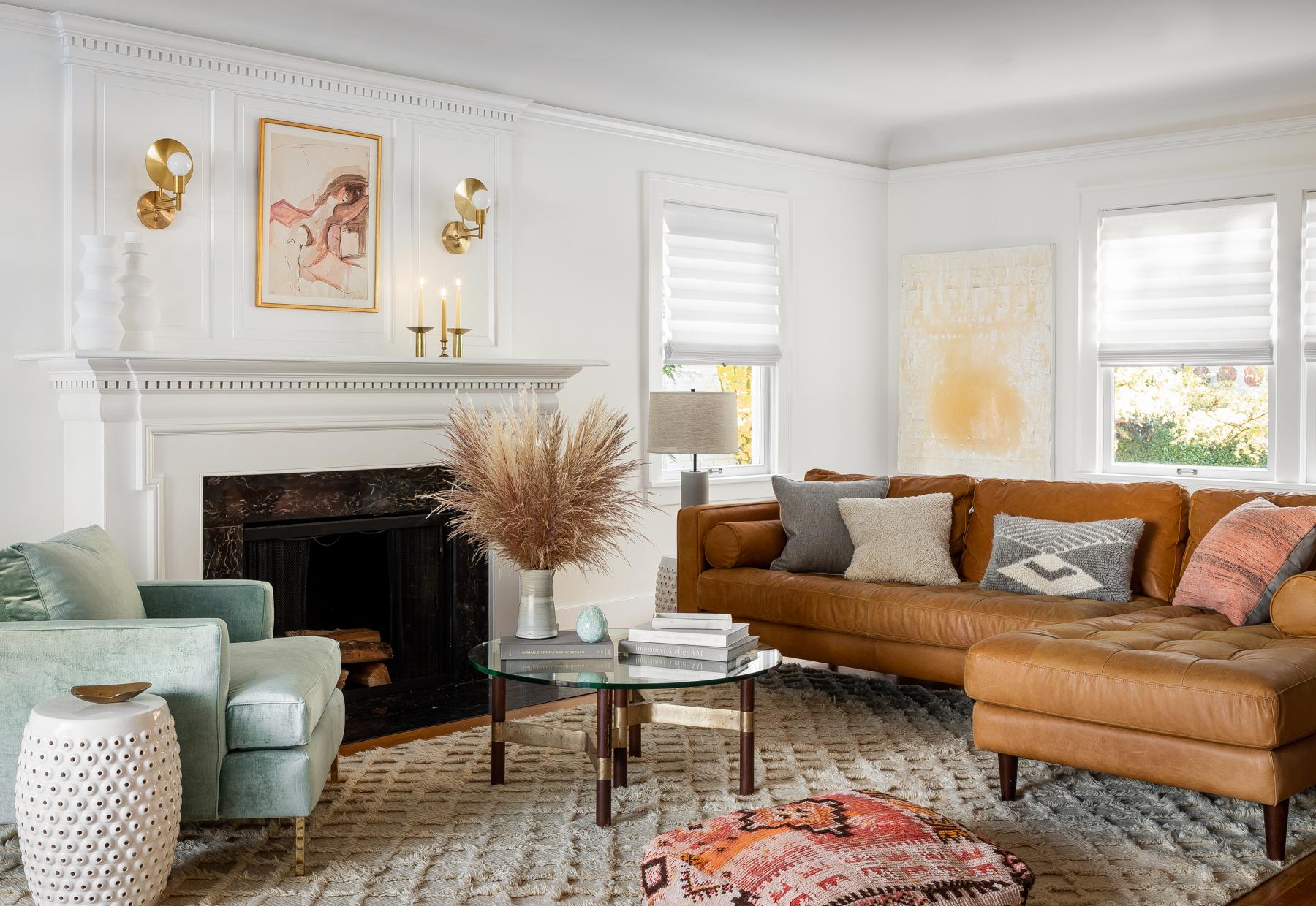 Casework_Montlake_Living Room_01.jpg