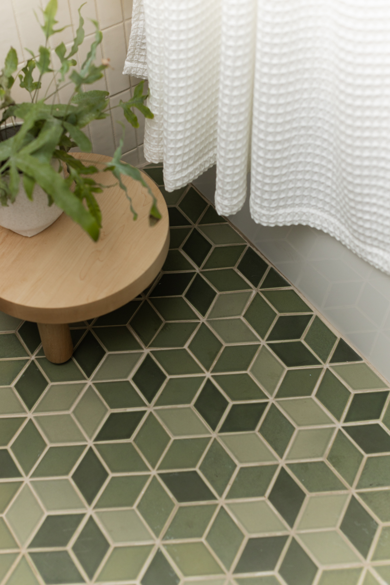 "Pratt & Larson -  Custom Blended 5"" diamond Tile"
