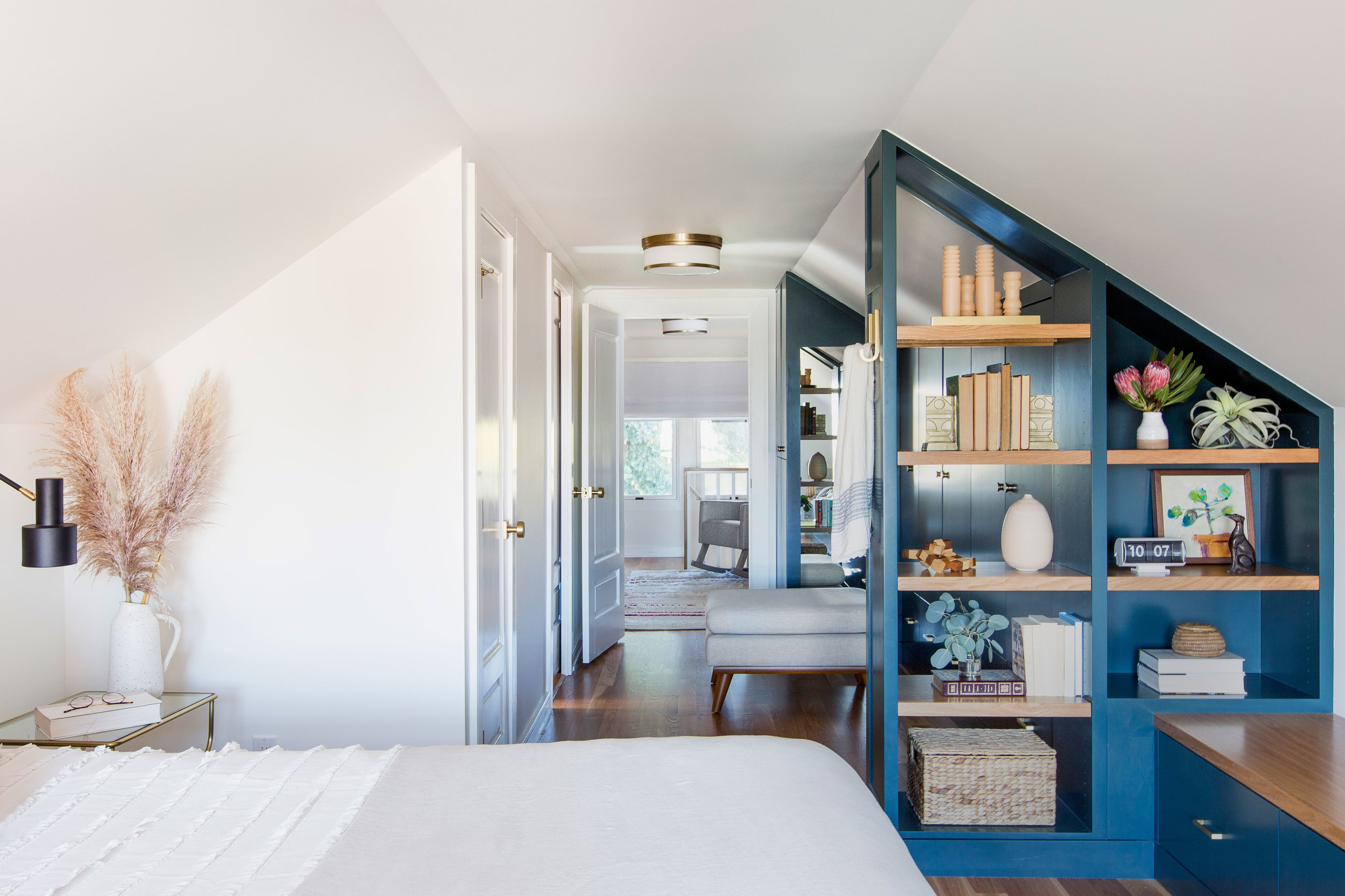 Casework_Wallingford_Master Bedroom_05.jpg