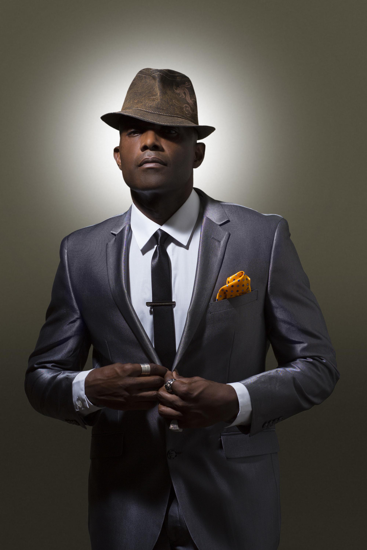 Sophis-Music-Suit-Fedora-Buttoning.jpg