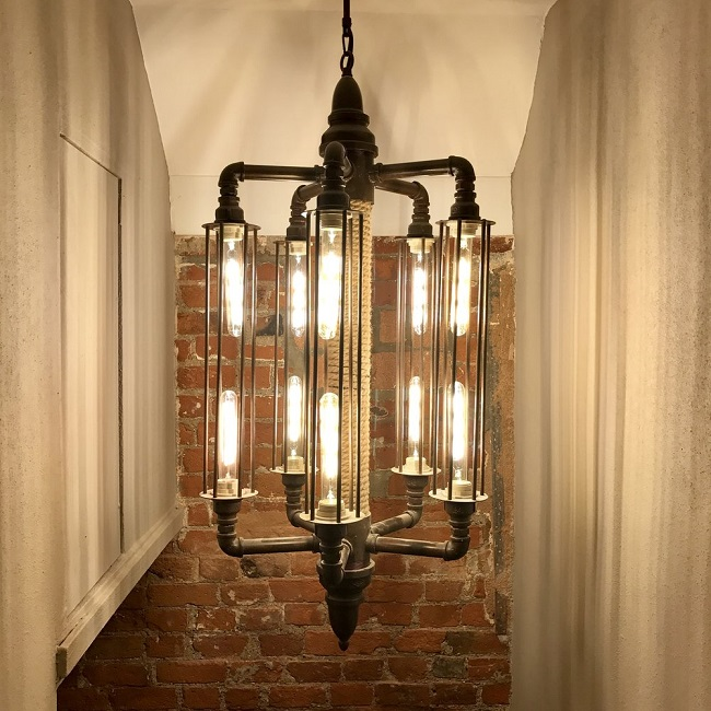 We created bespoke lighting designs for all the interesting 'nooks and crannies' of the building.