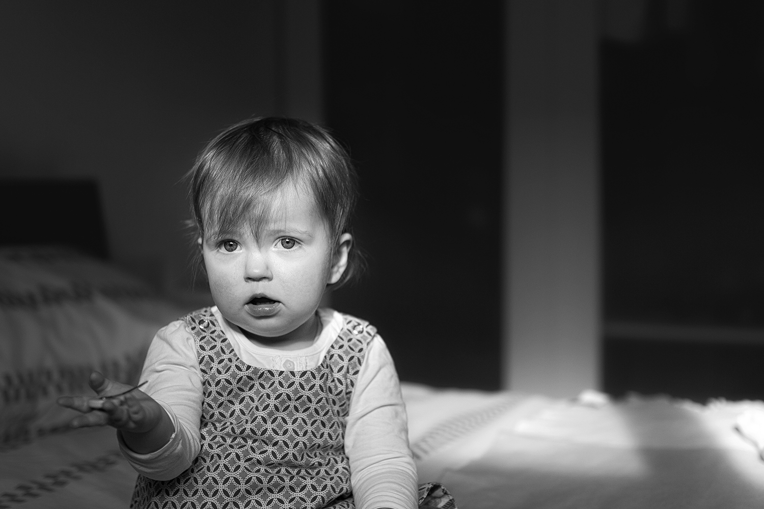 confused-baby-black-white