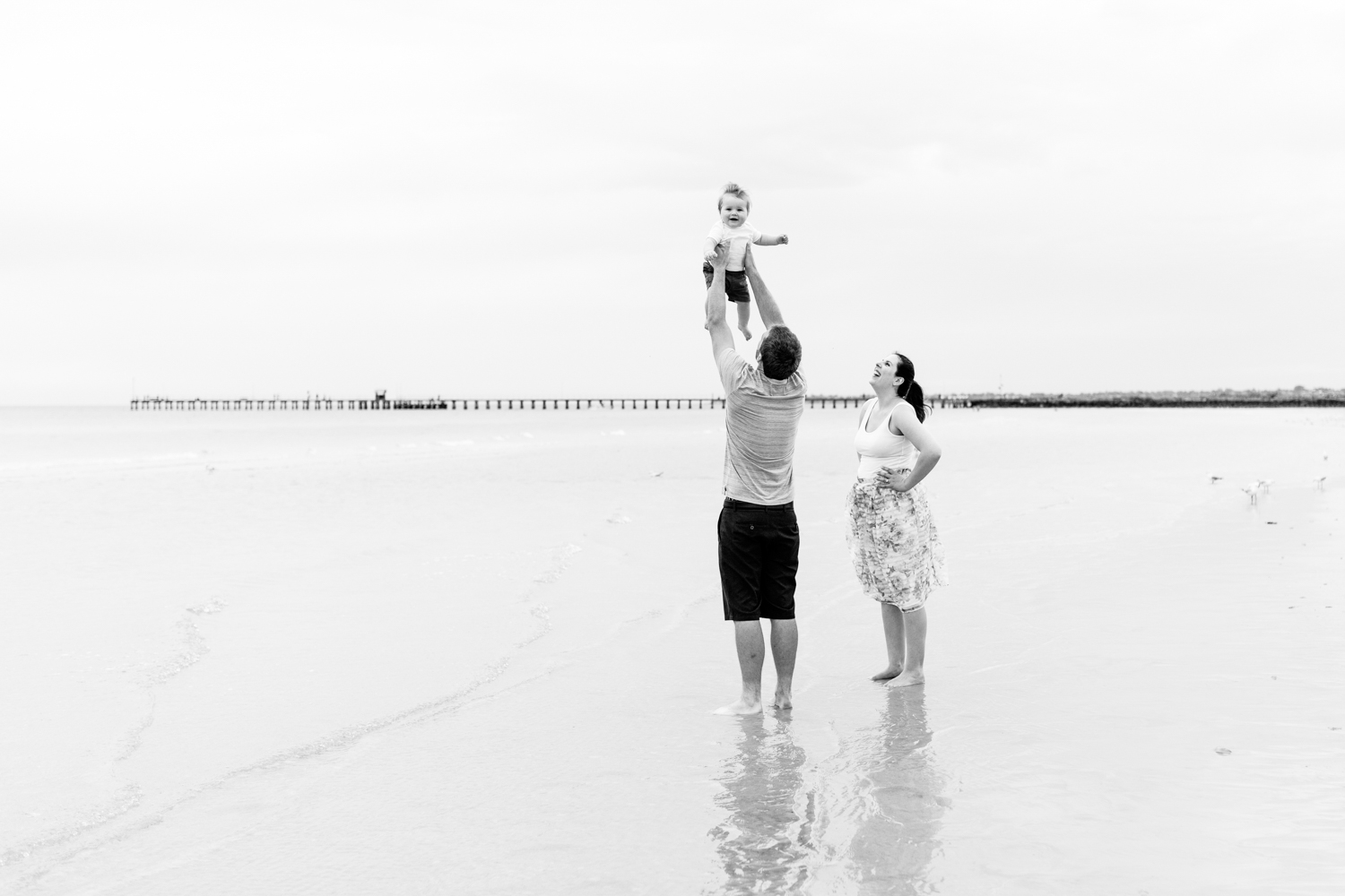 Melbourne family photography beach session | Laura Coutts Photography