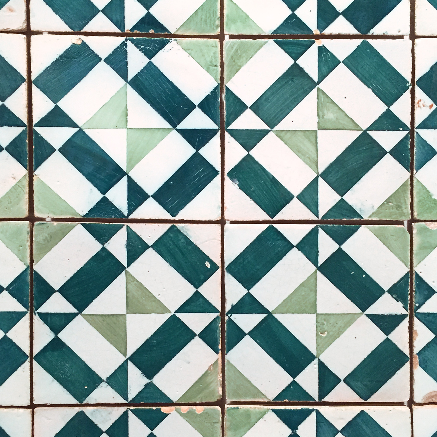 Green Geometric Tile.jpg