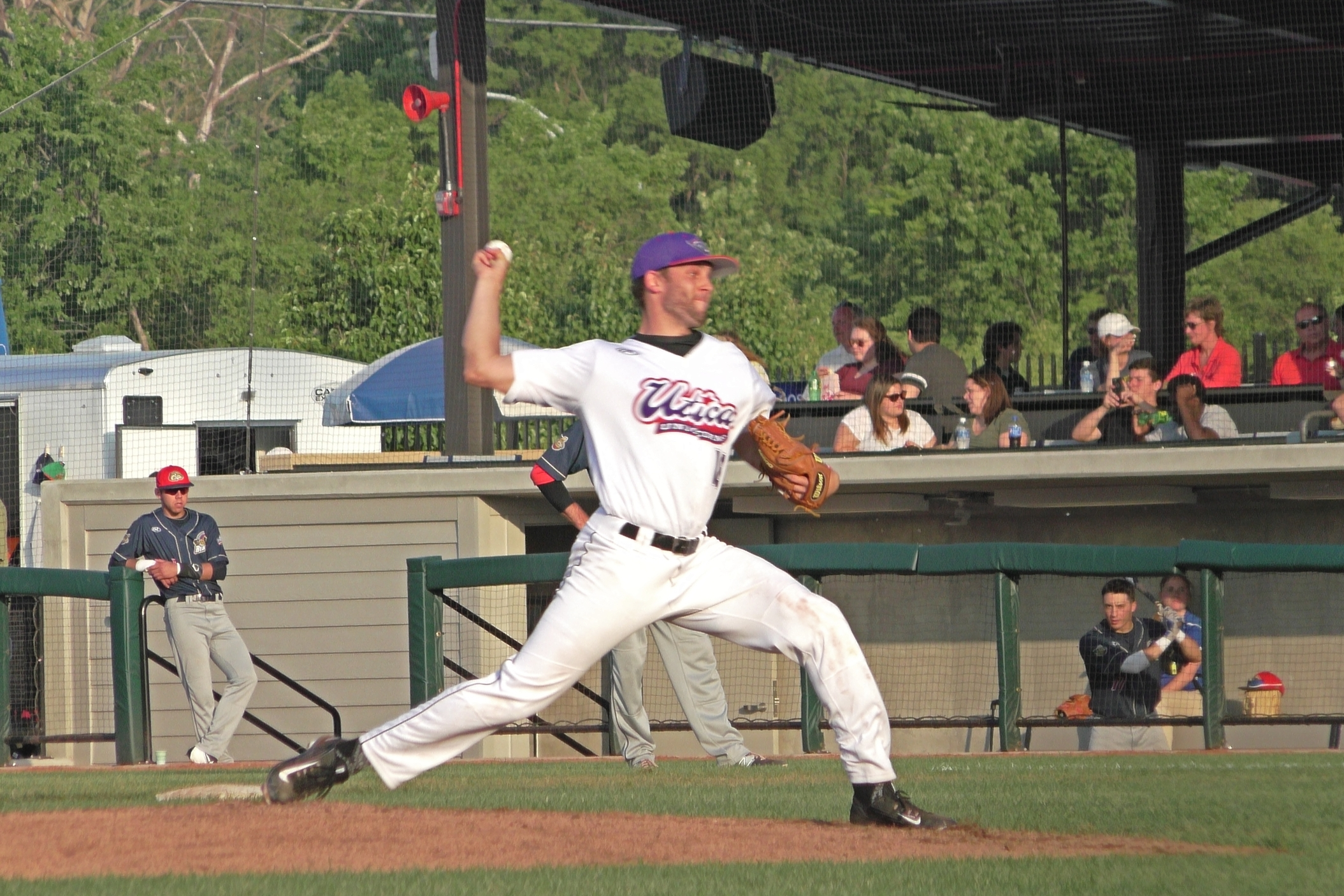 Throwing Examples - Explore bonus footage of USPBL Player's demonstrating various aspects of the program.