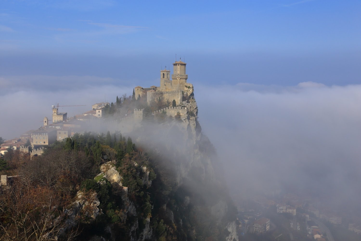 Republic of San Marino rising up from heaven!    Misty day in November... 23 November 2014. 1/320 s, f/11, ISO 100, 60 mm, EOS 6D + EF 28-300 L