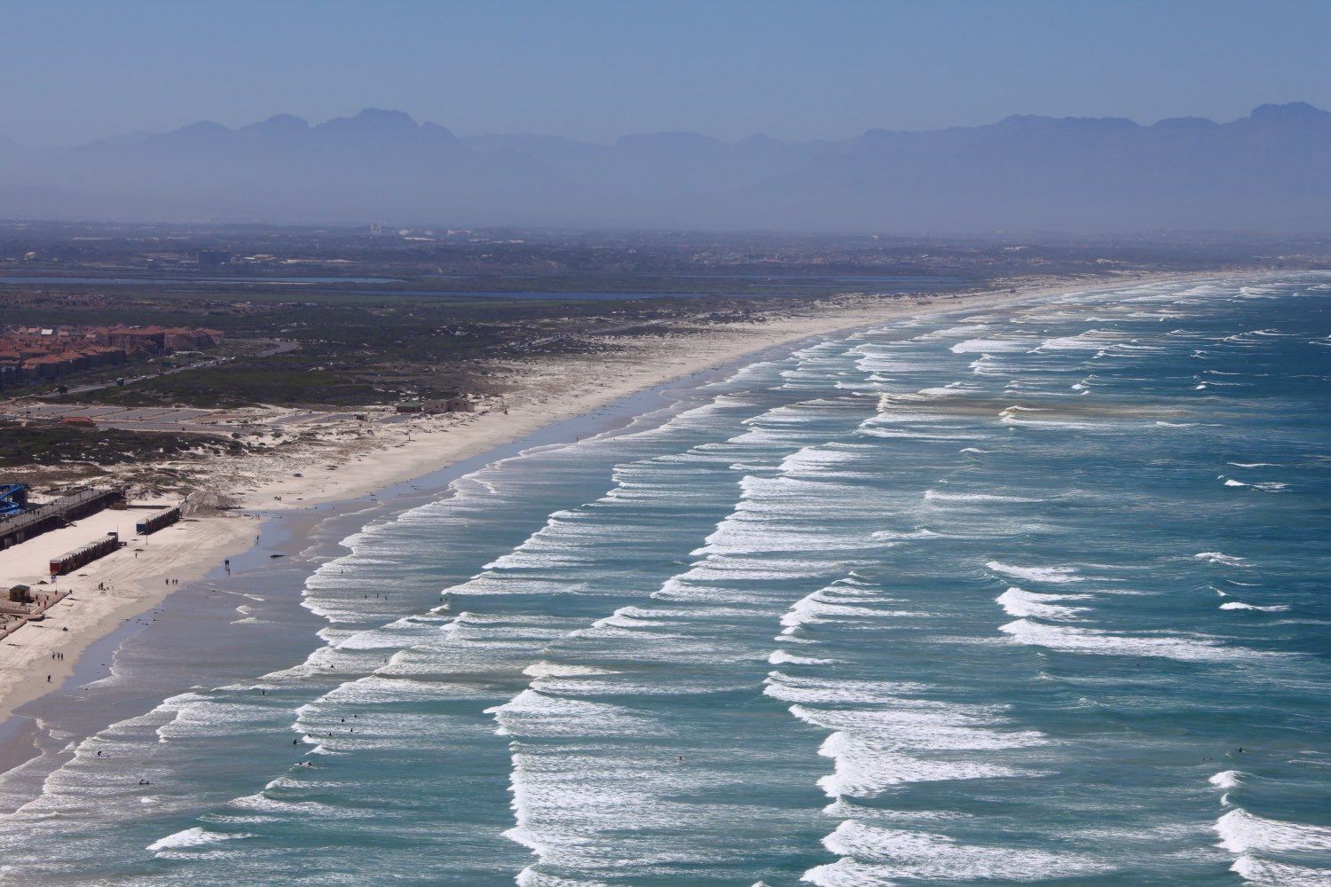 Long wave's bay!    South African beach! 07 March 2012. 1/250 s, f/14, +1/3 EV, ISO 100, 120 mm, EOS 5D MarkII + EF 28-300 L