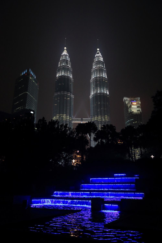 Petronas Towers.    Kuala Lumpur, Malaysia. 03 March 2014. 1/30 s, f/7.1, -1 2/3 EV, ISO 4000, 28 mm, EOS 6D + EF 28-300L