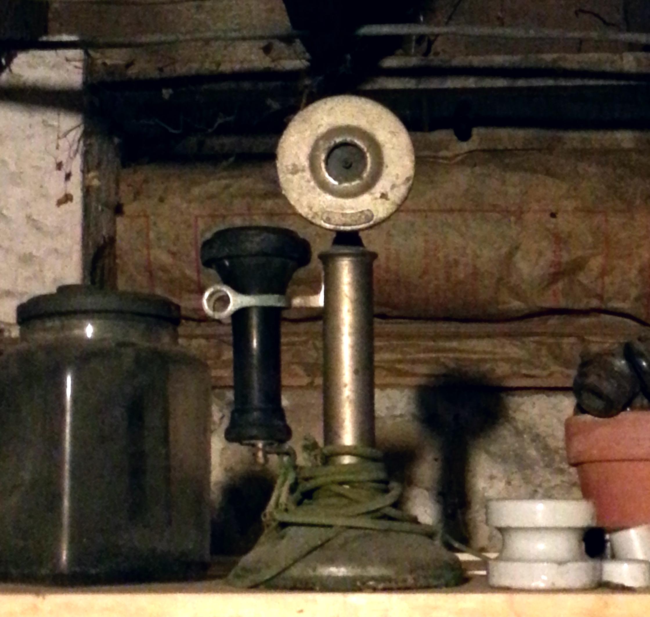 antiquephone.jpg