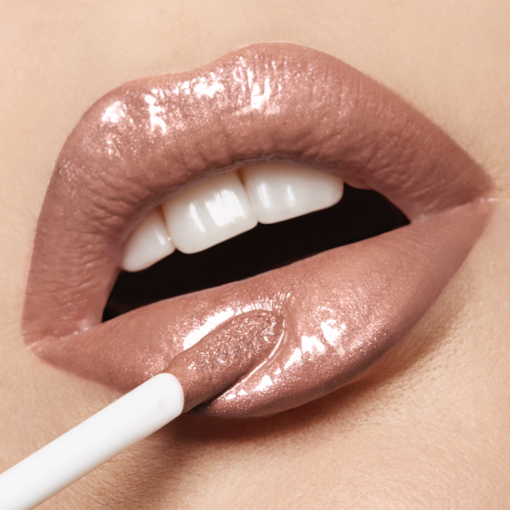 LuxGloss-Lips_Color_Ready To Wear.jpg
