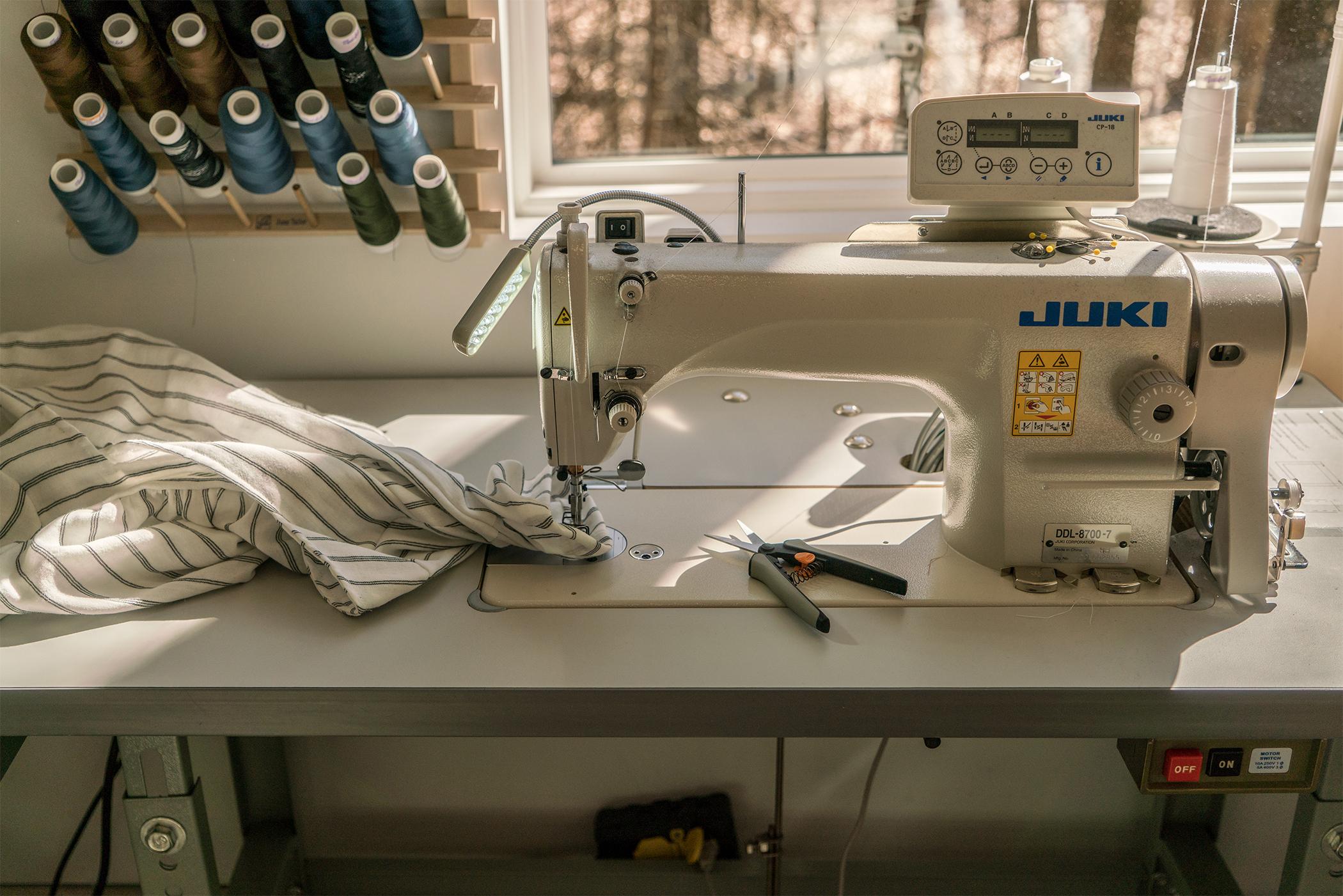 sewing machine2.jpg