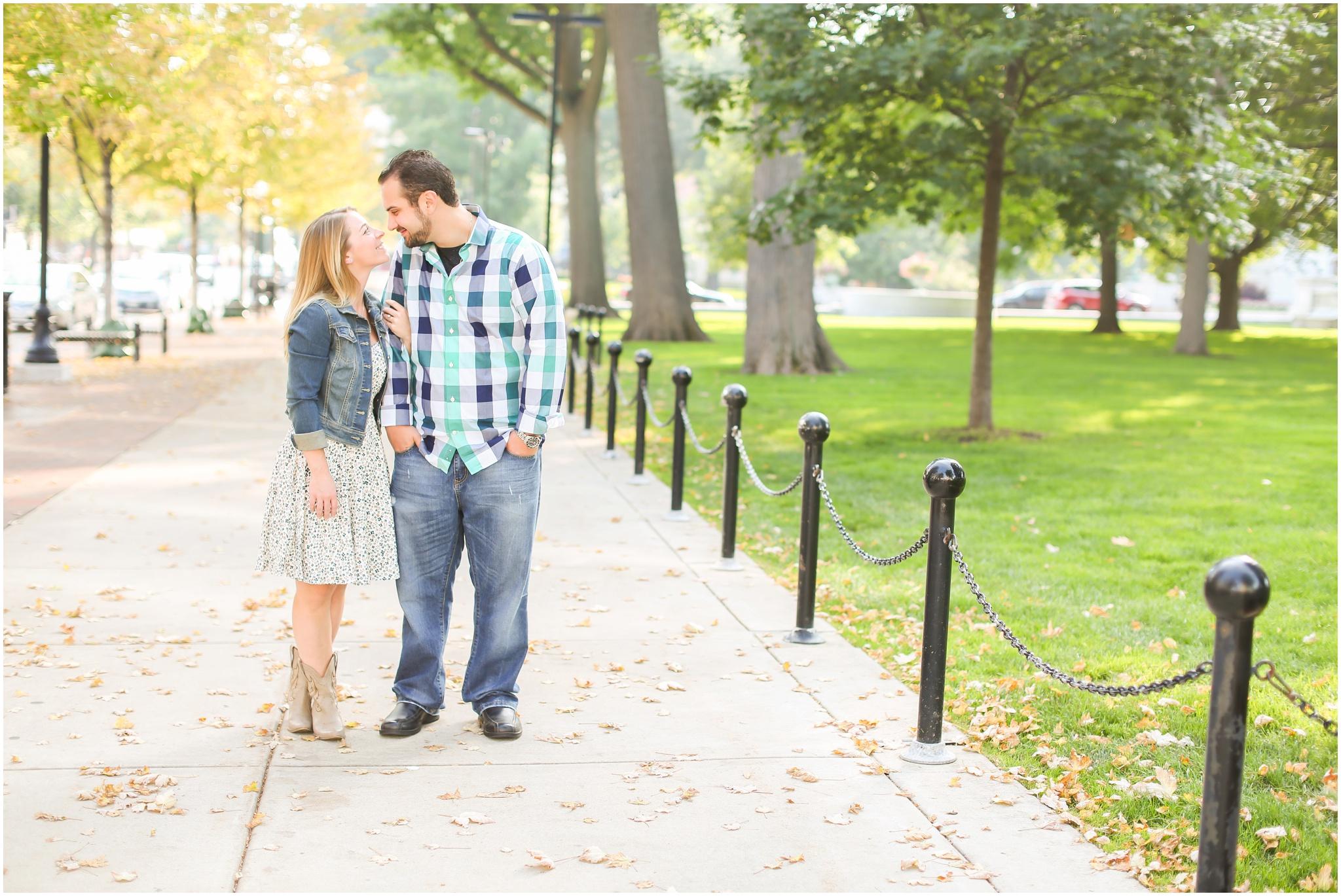 Madison_Wisconsin_Engagement_Photographer_0002.jpg