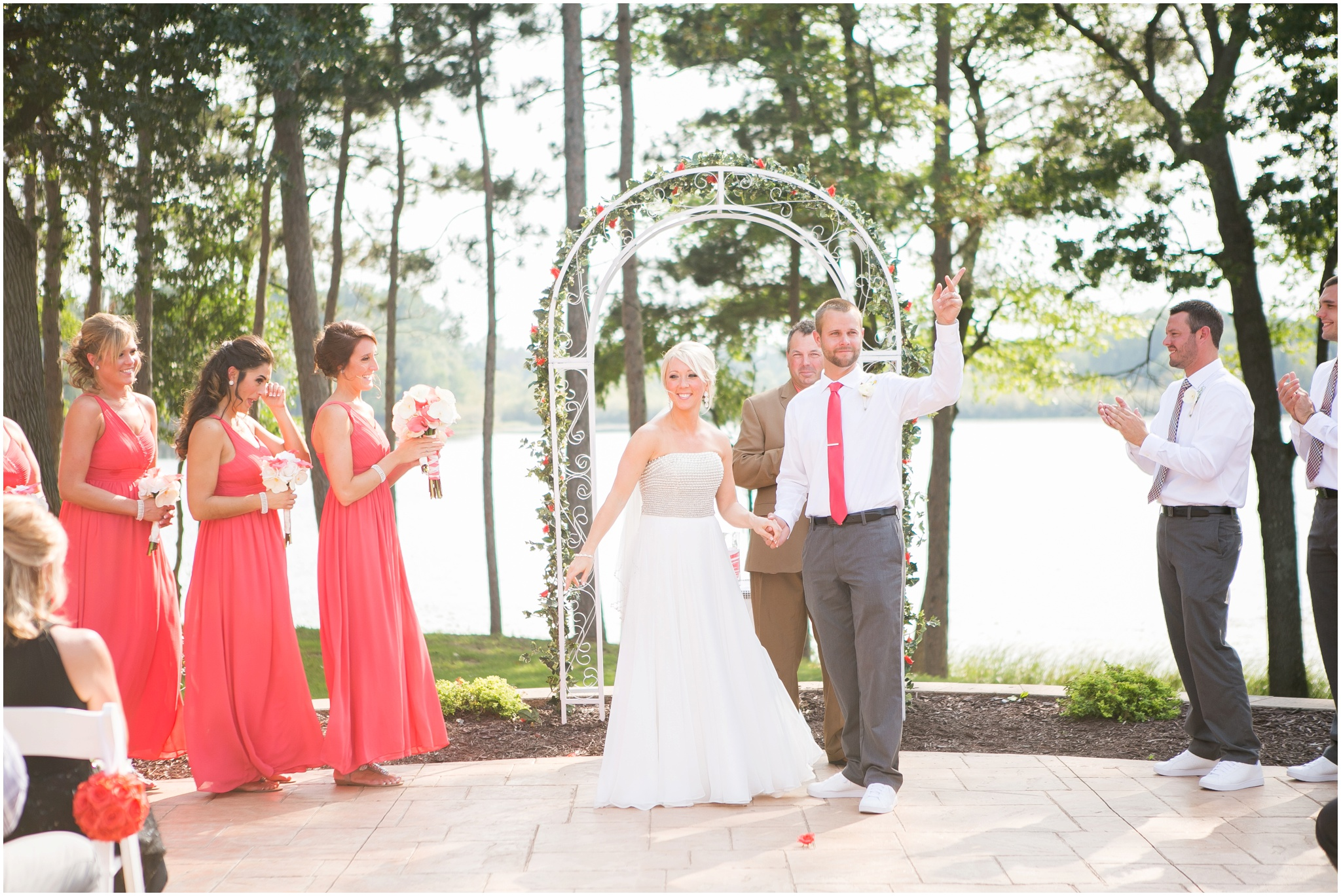 Wisconsin_Wedding_Photographers_0030.jpg