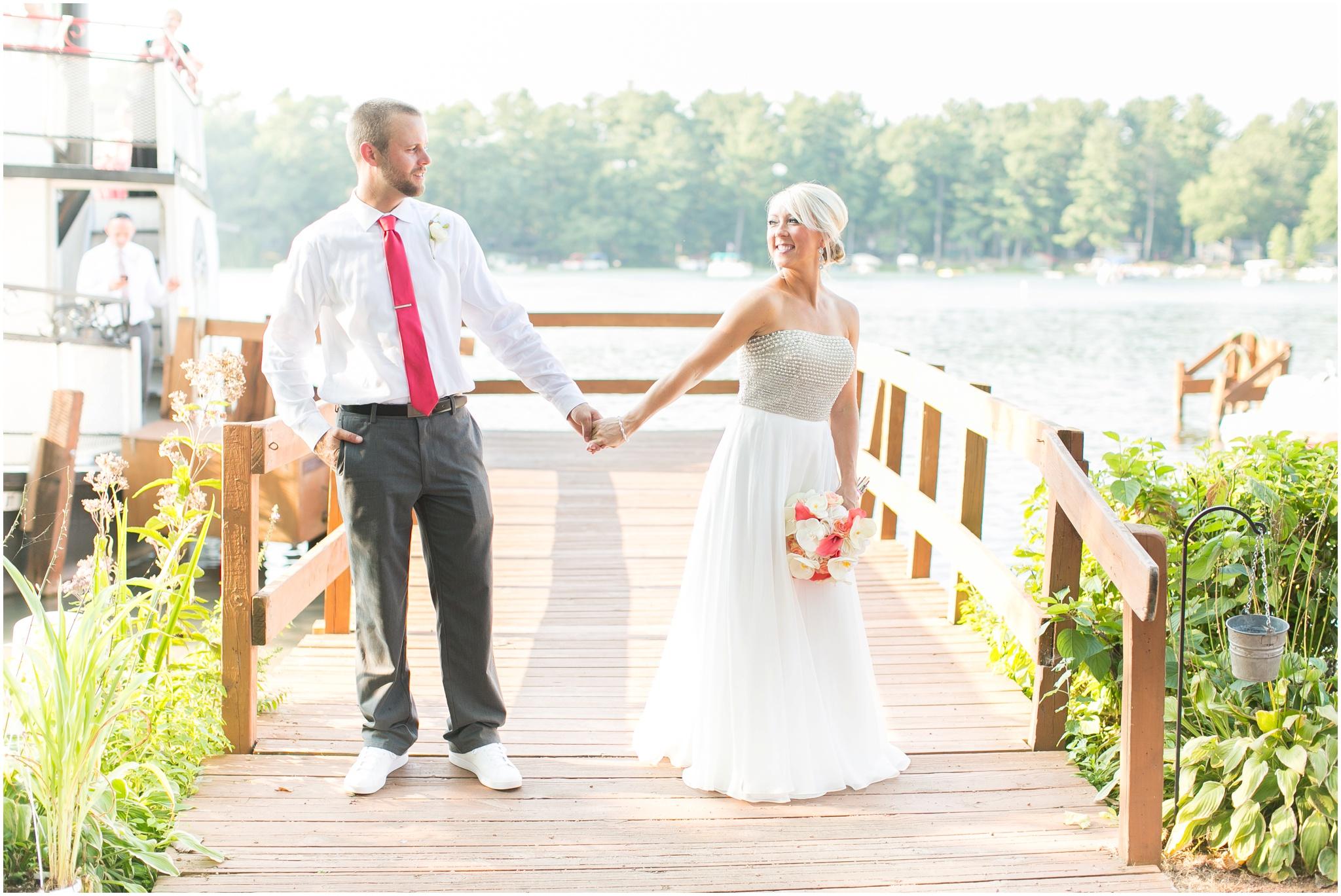 Wisconsin_Wedding_Photographers_0040.jpg