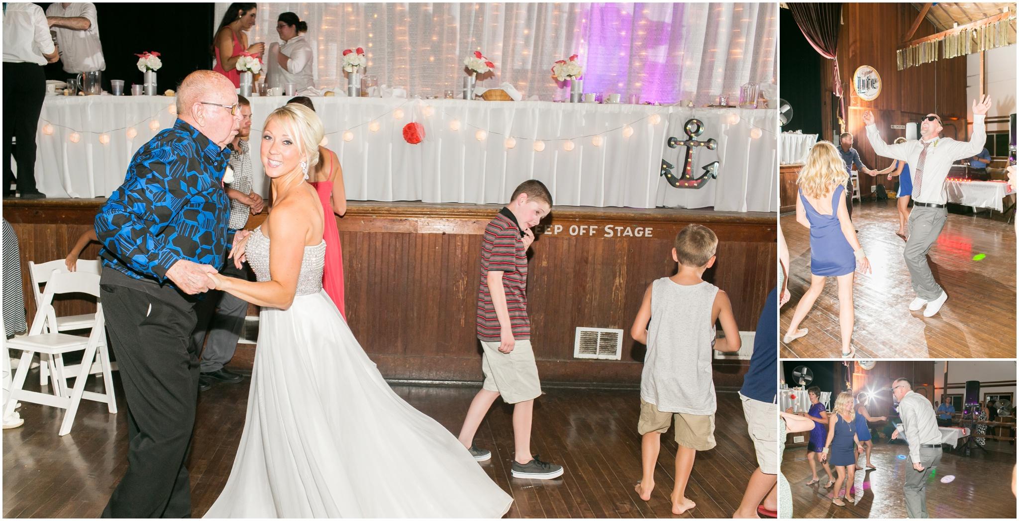 Wisconsin_Wedding_Photographers_0057.jpg