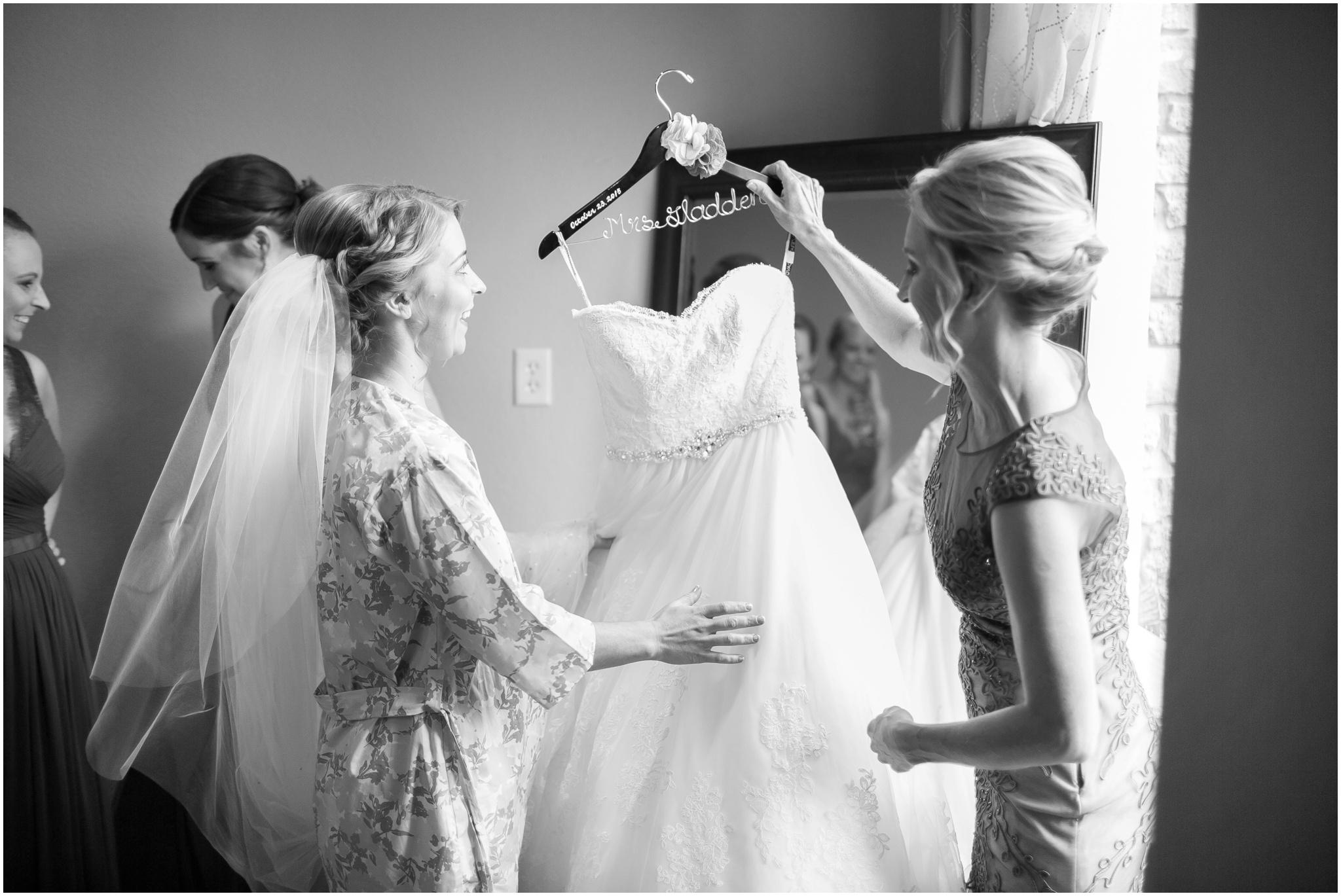 DC_Estate_Winery_Wedding_Beloit_Illinois_Wedding_0010.jpg