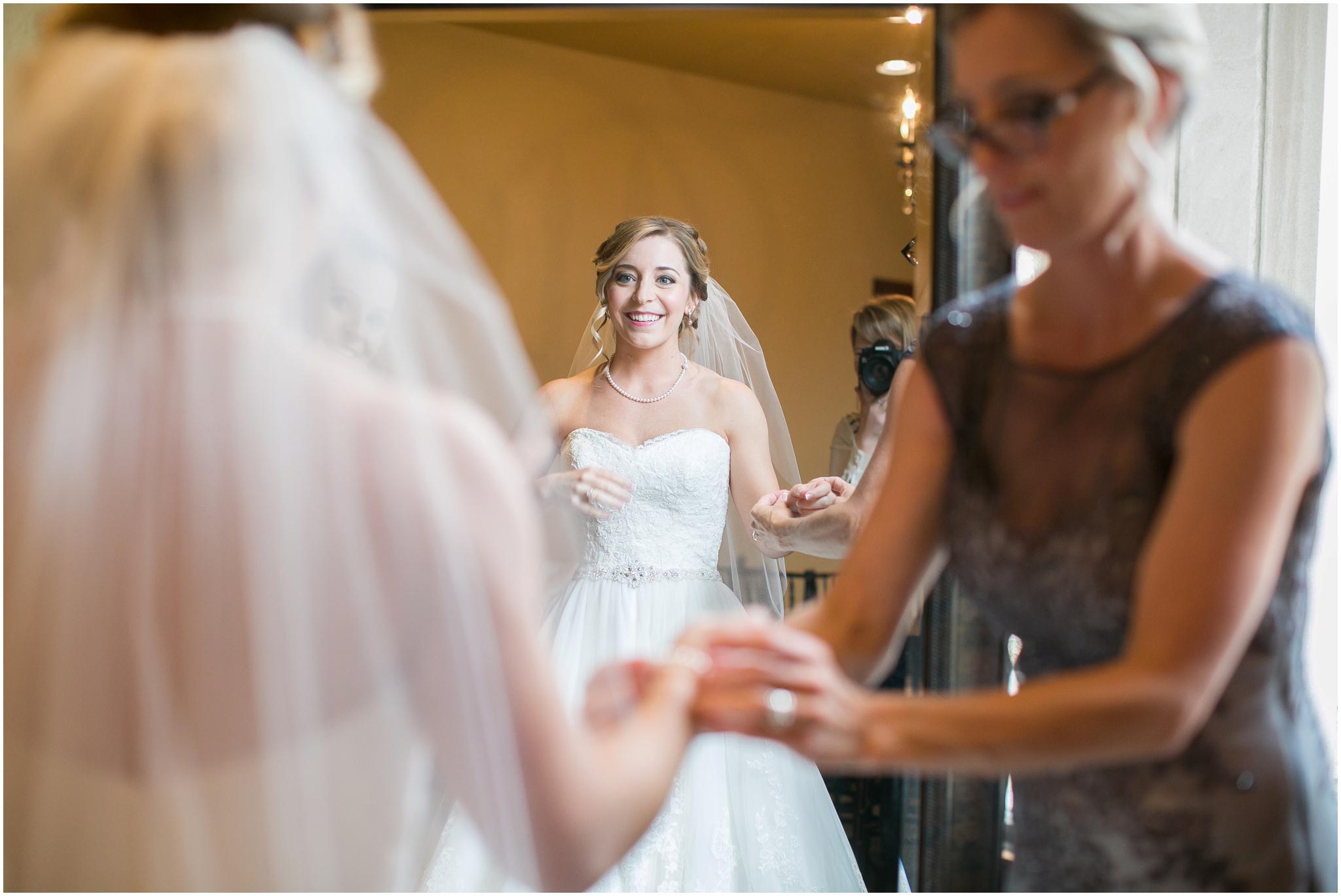 DC_Estate_Winery_Wedding_Beloit_Illinois_Wedding_0013.jpg
