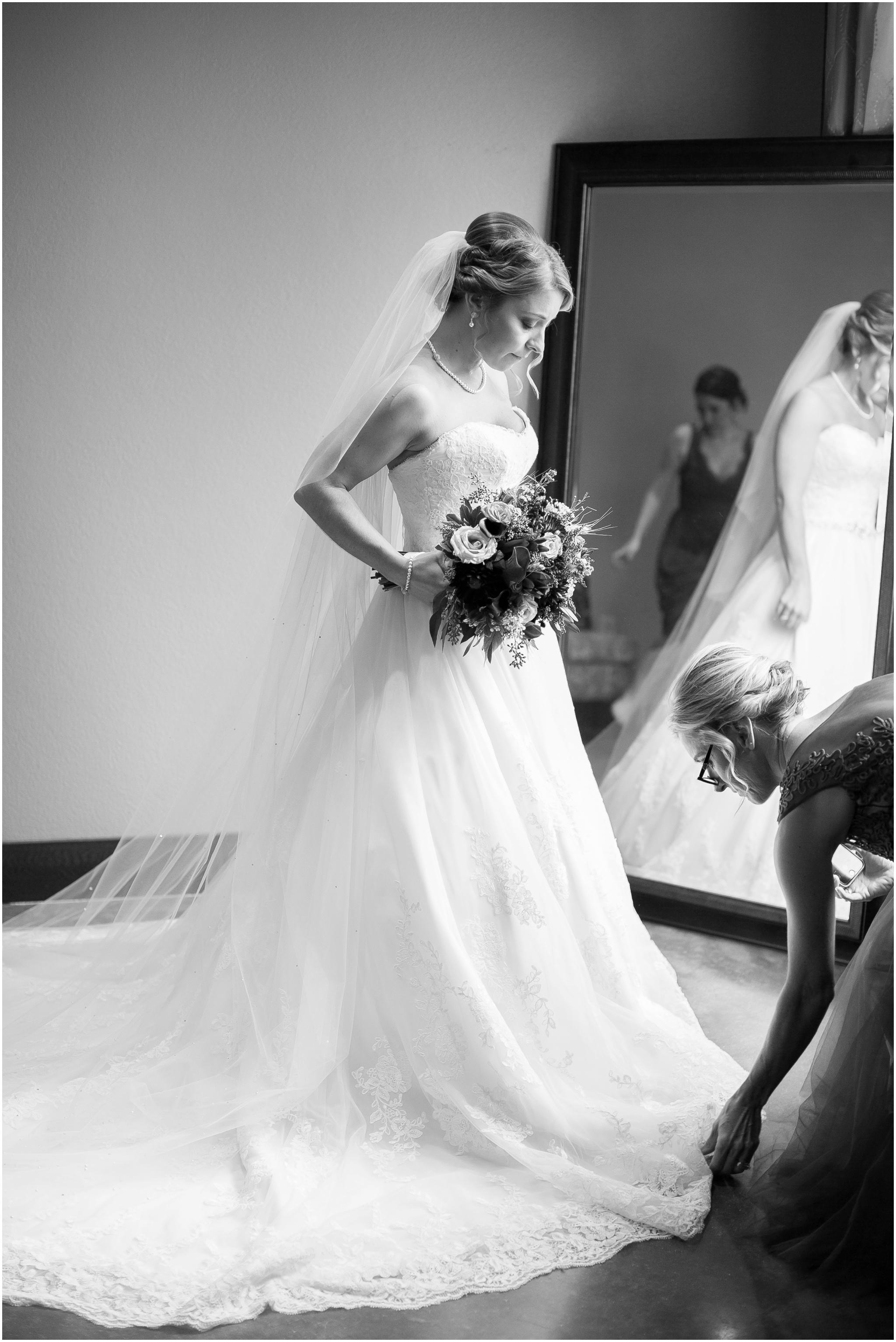 DC_Estate_Winery_Wedding_Beloit_Illinois_Wedding_0015.jpg