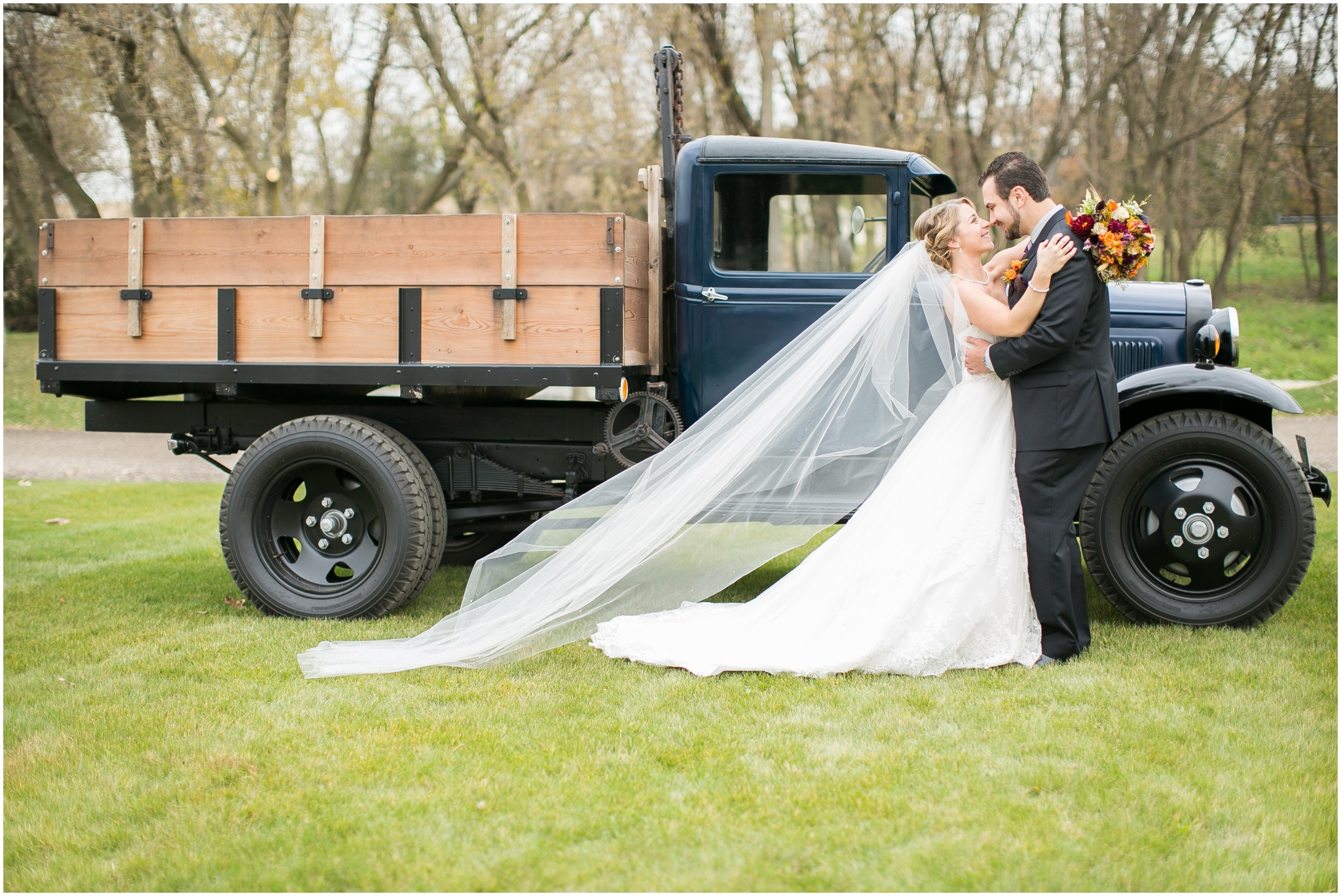 DC_Estate_Winery_Wedding_Beloit_Illinois_Wedding_0037.jpg