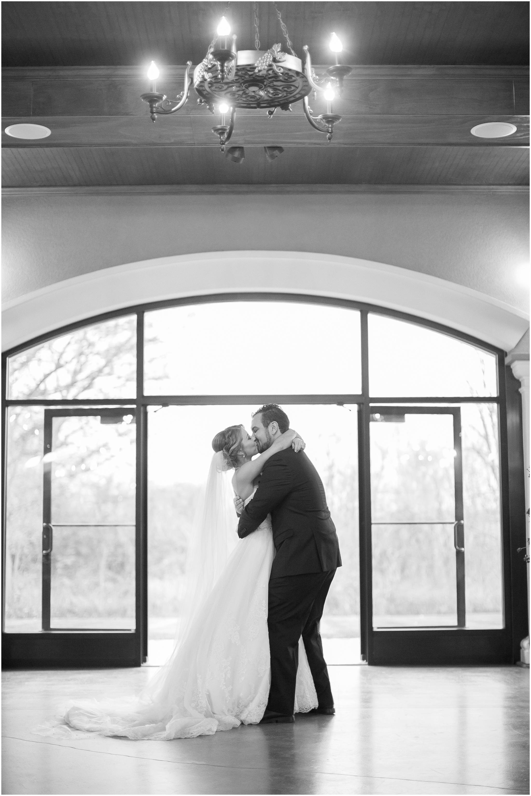 DC_Estate_Winery_Wedding_Beloit_Illinois_Wedding_0065.jpg