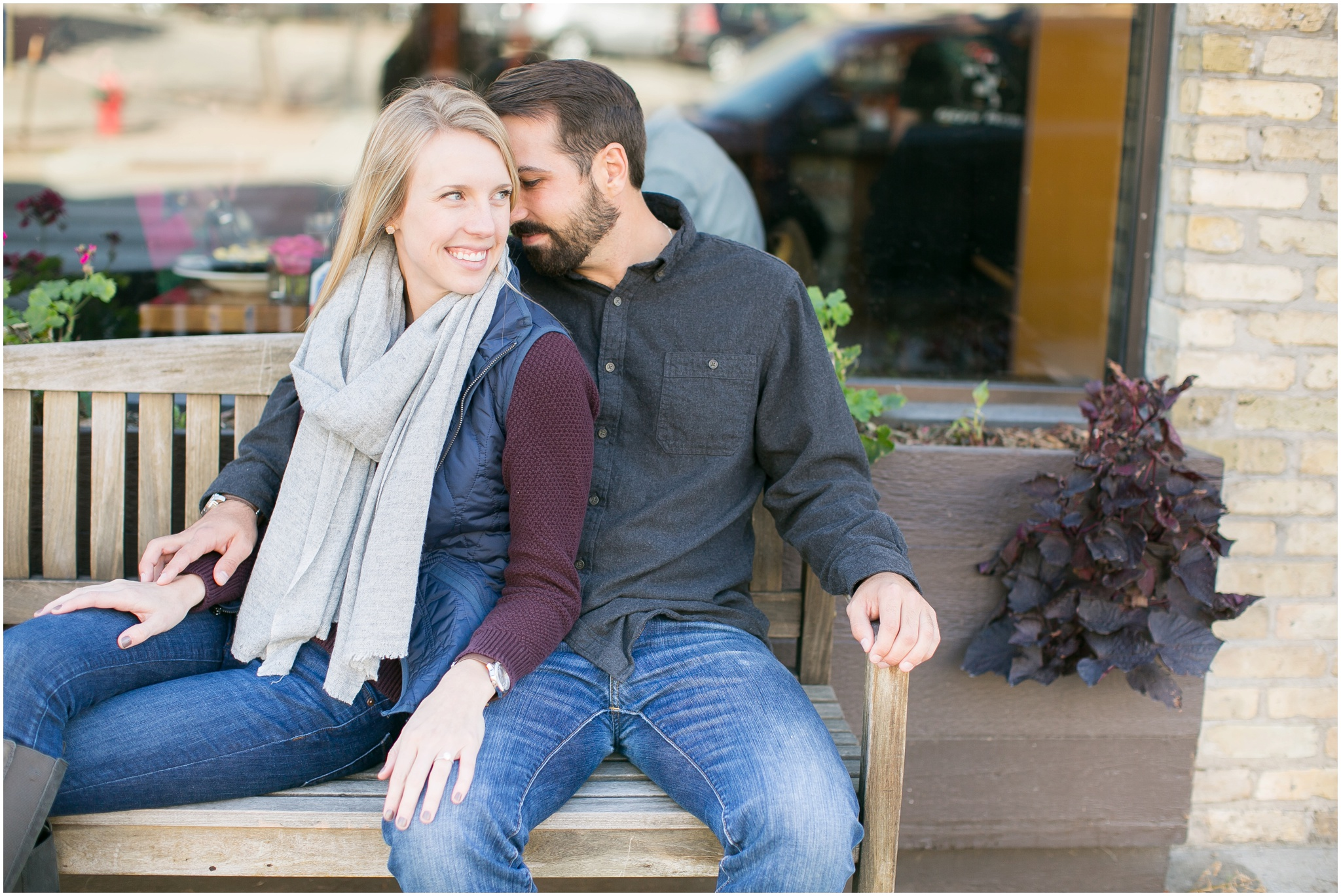 Milwaukee_Wisconsin_Fall_Engagement_Session_0017.jpg