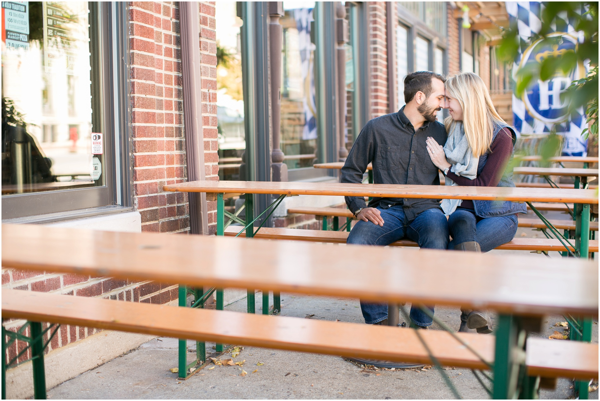 Milwaukee_Wisconsin_Fall_Engagement_Session_0018.jpg