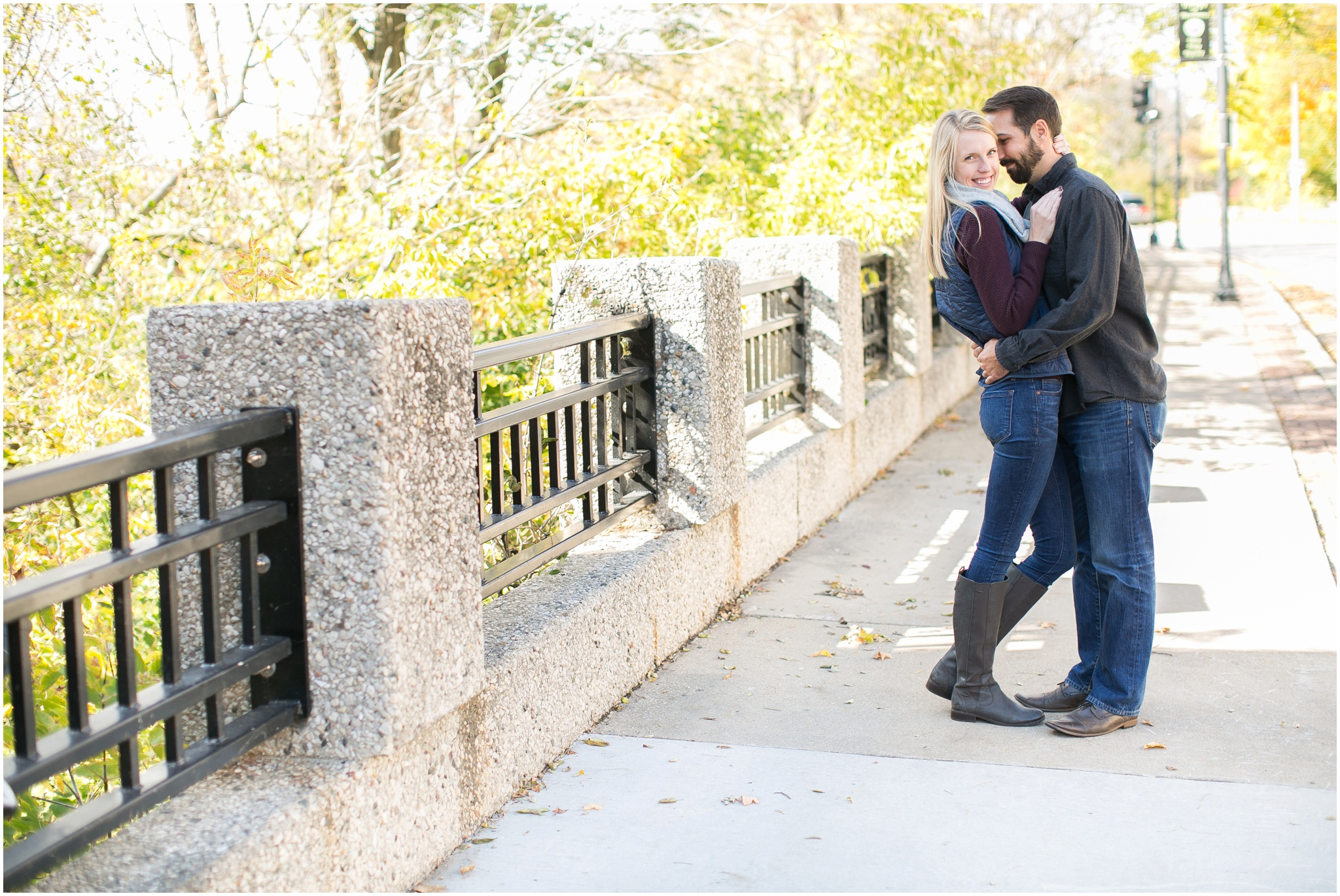 Milwaukee_Wisconsin_Fall_Engagement_Session_0019.jpg
