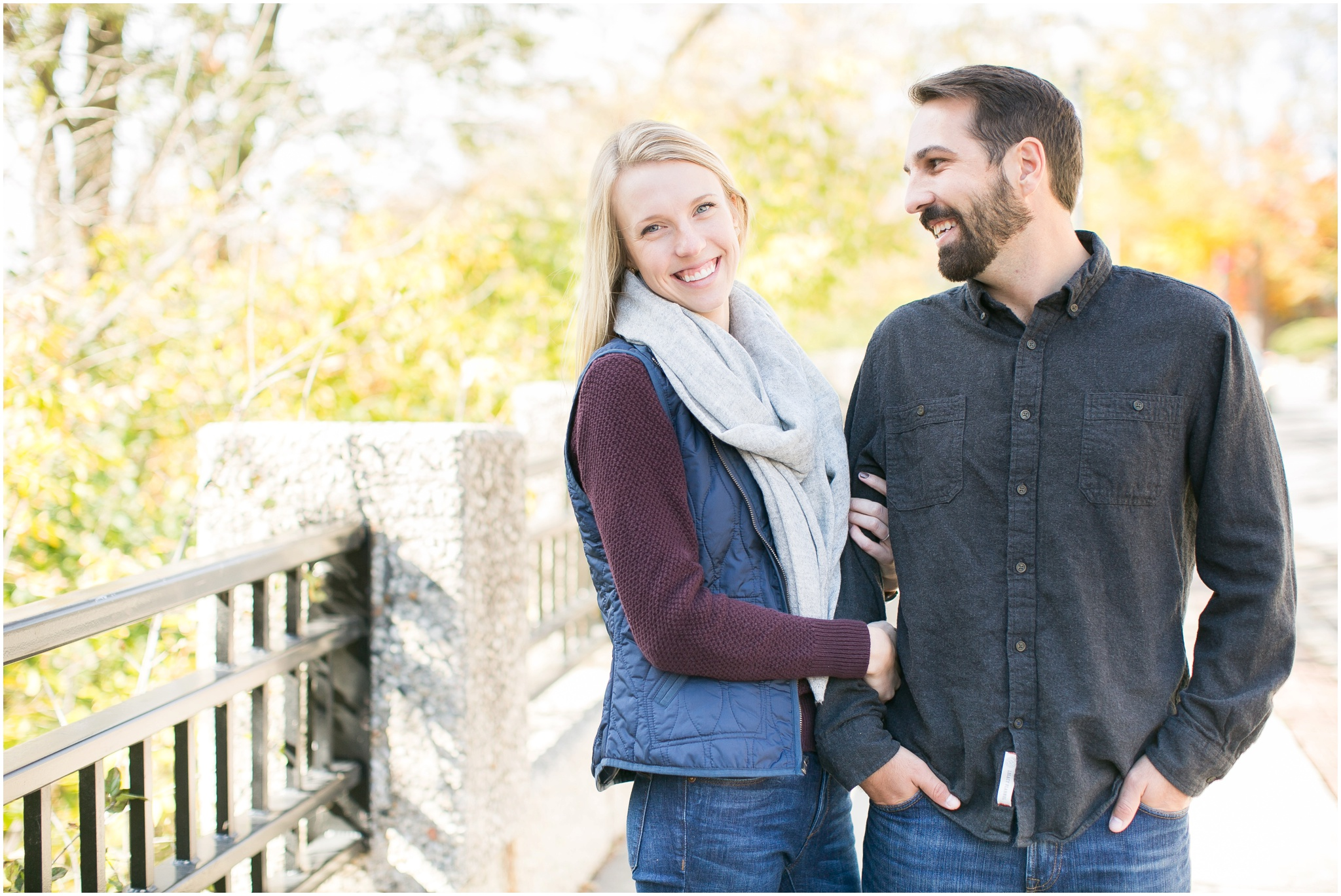 Milwaukee_Wisconsin_Fall_Engagement_Session_0020.jpg