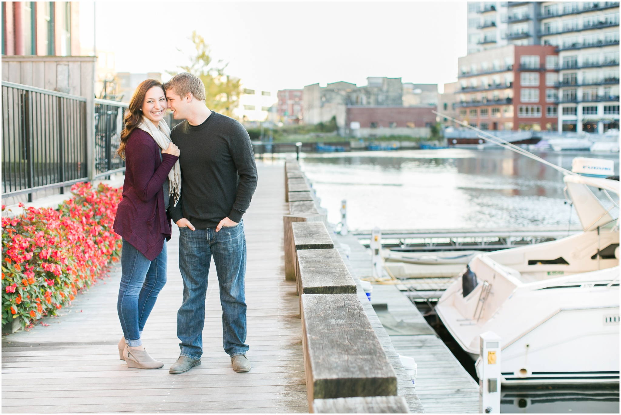 Third_Ward_Milwaukee_Wisconsin_Fall_Engagement_Session_0014.jpg