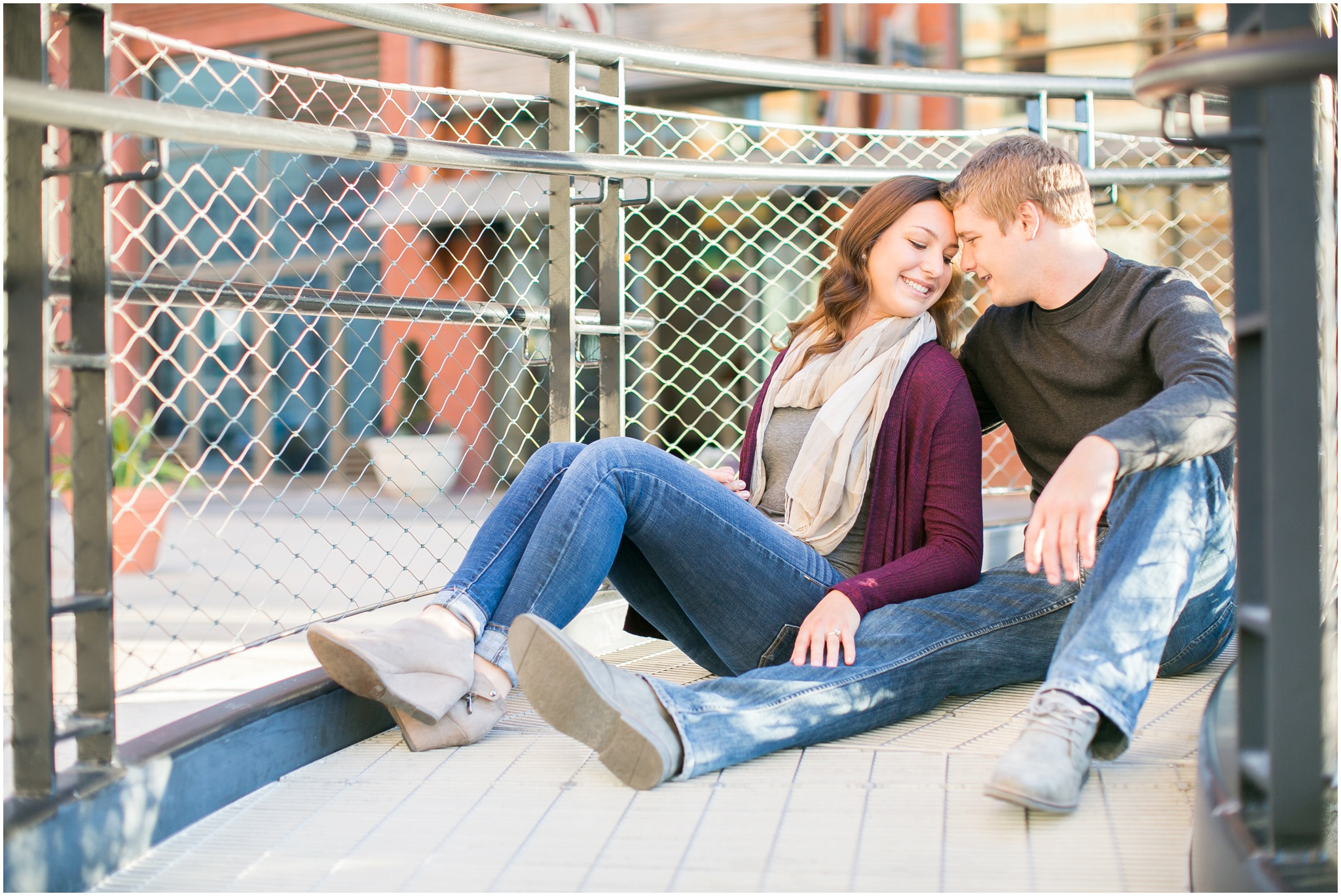 Third_Ward_Milwaukee_Wisconsin_Fall_Engagement_Session_0018.jpg
