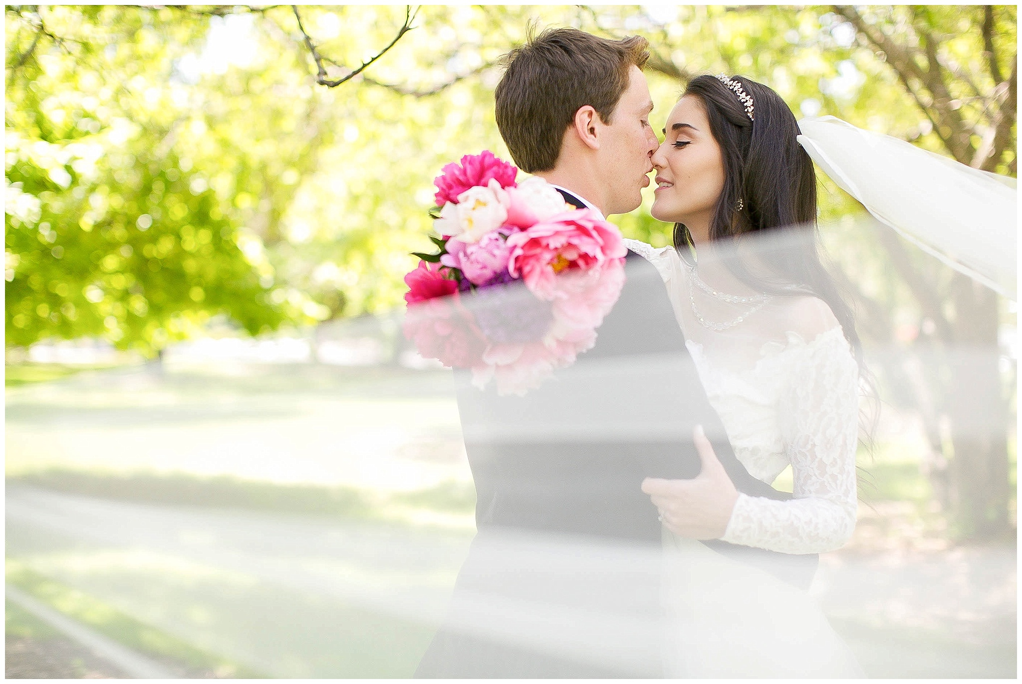 Madison_Wisconsin_Wedding_Photographers_0053.jpg