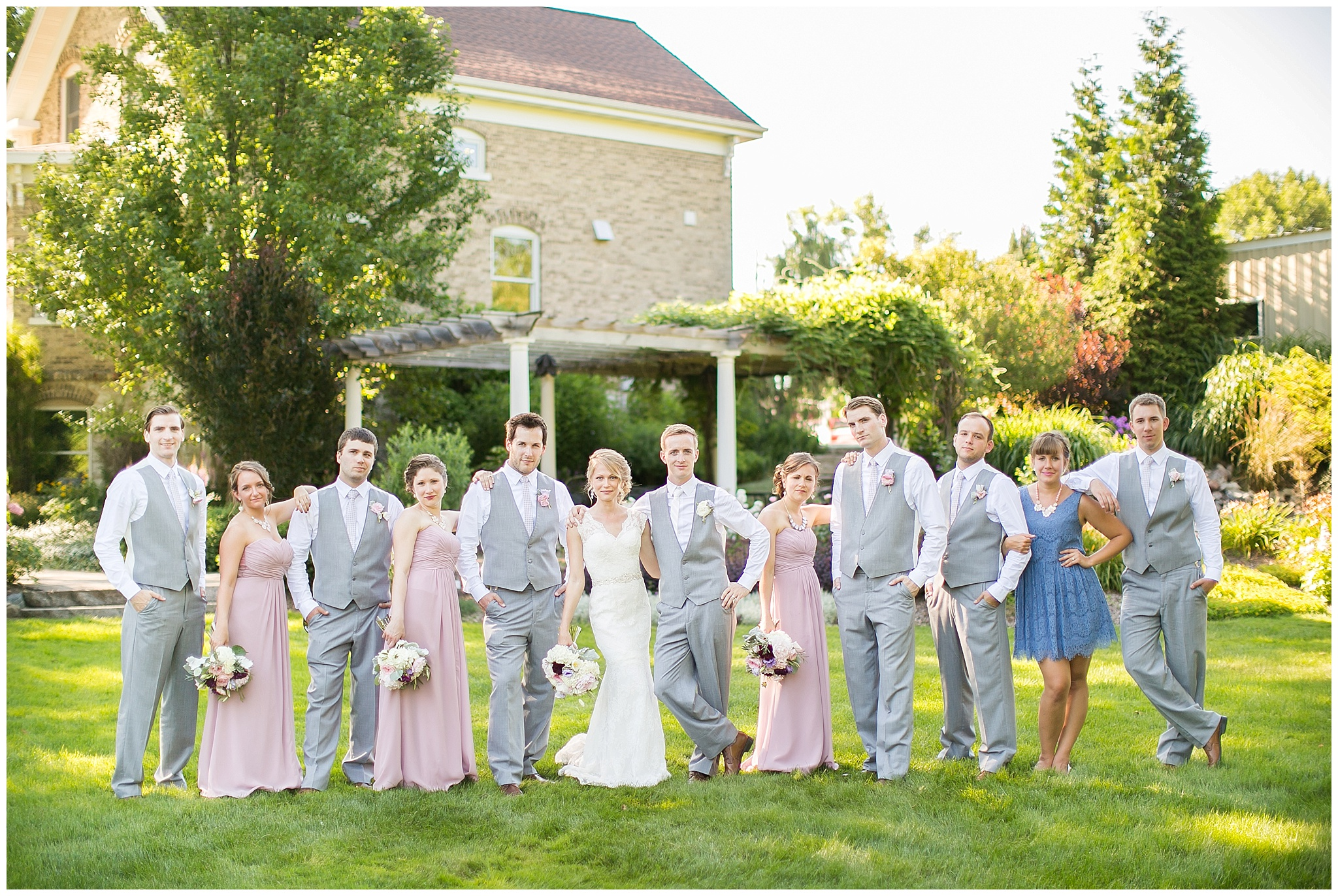 Madison_Wisconsin_Wedding_Photographers_0059.jpg