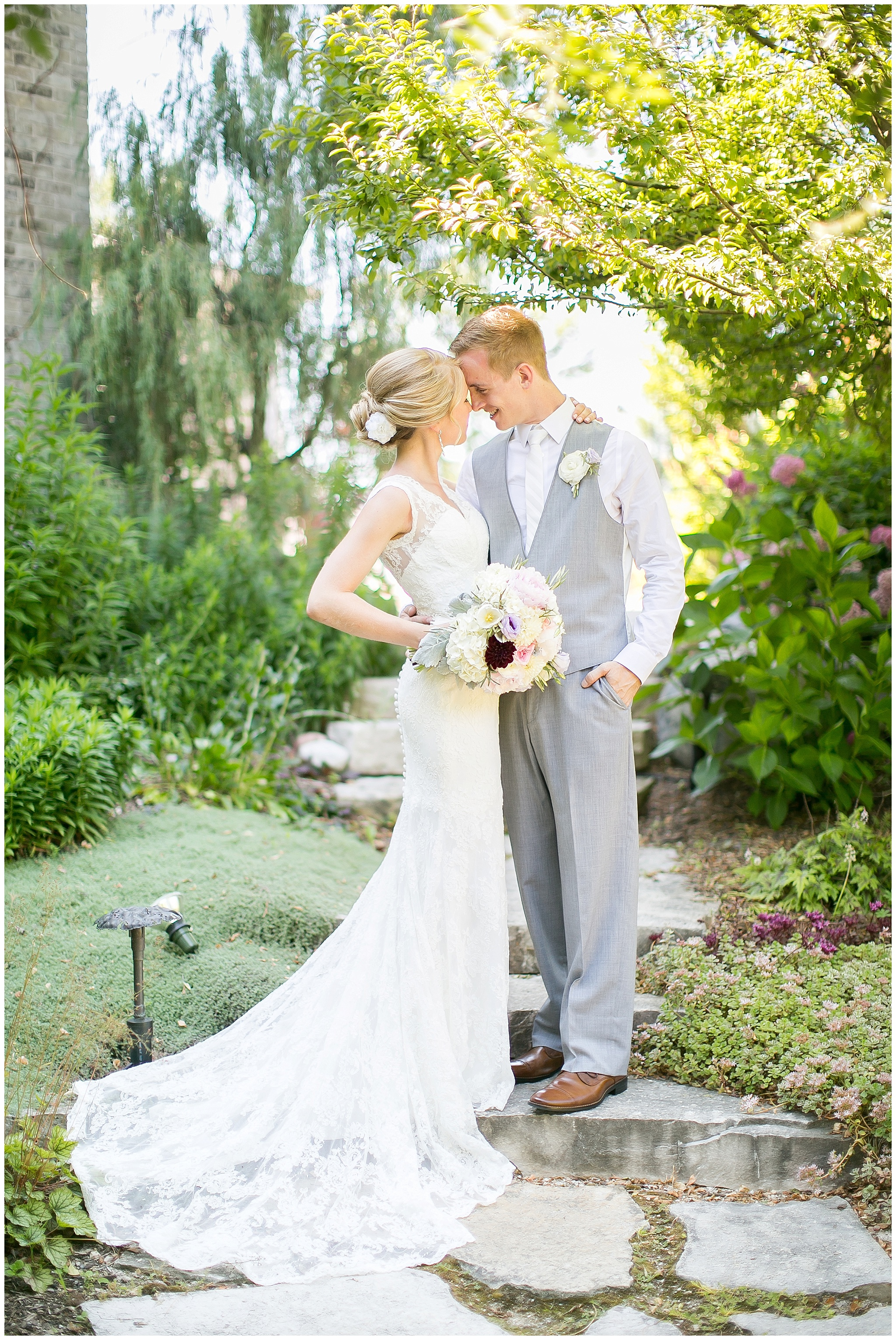 Madison_Wisconsin_Wedding_Photographers_0060.jpg