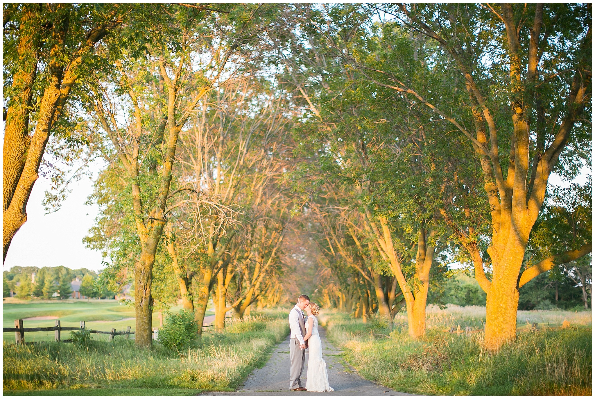 Madison_Wisconsin_Wedding_Photographers_0072.jpg
