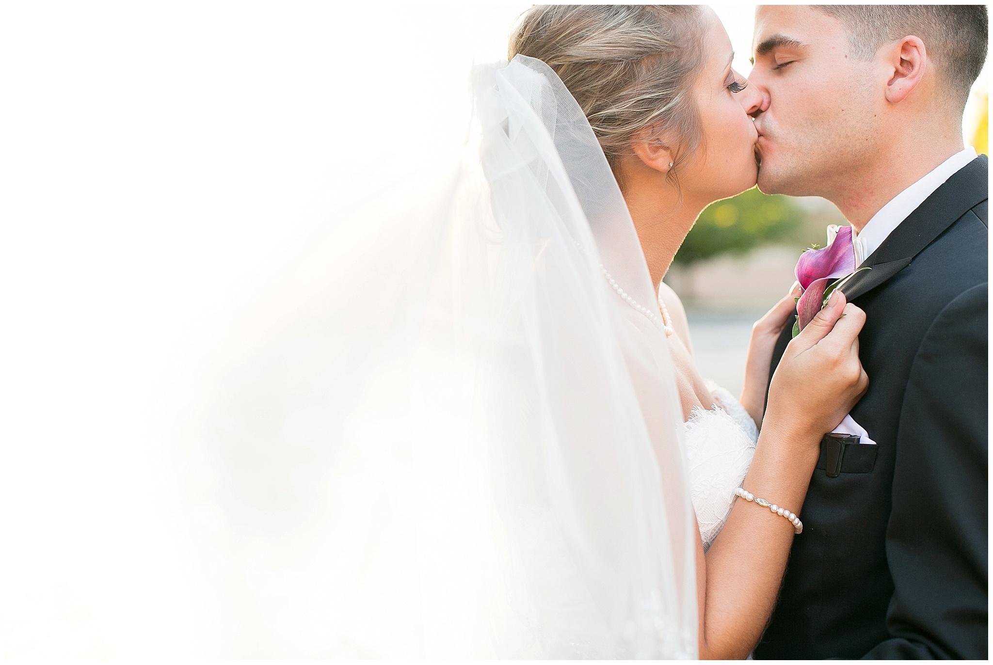 Madison_Wisconsin_Wedding_Photographers_0088.jpg