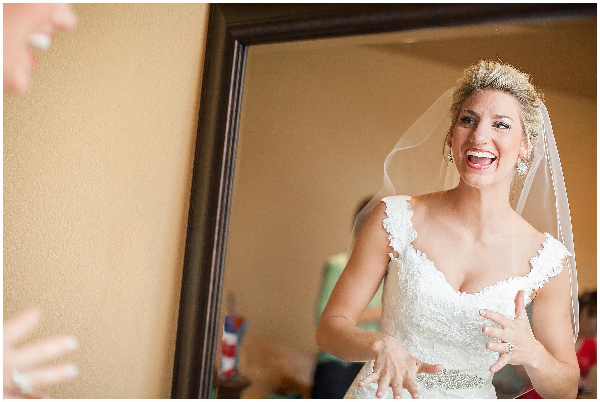 Madison_Wisconsin_Wedding_Photographers_0113.jpg