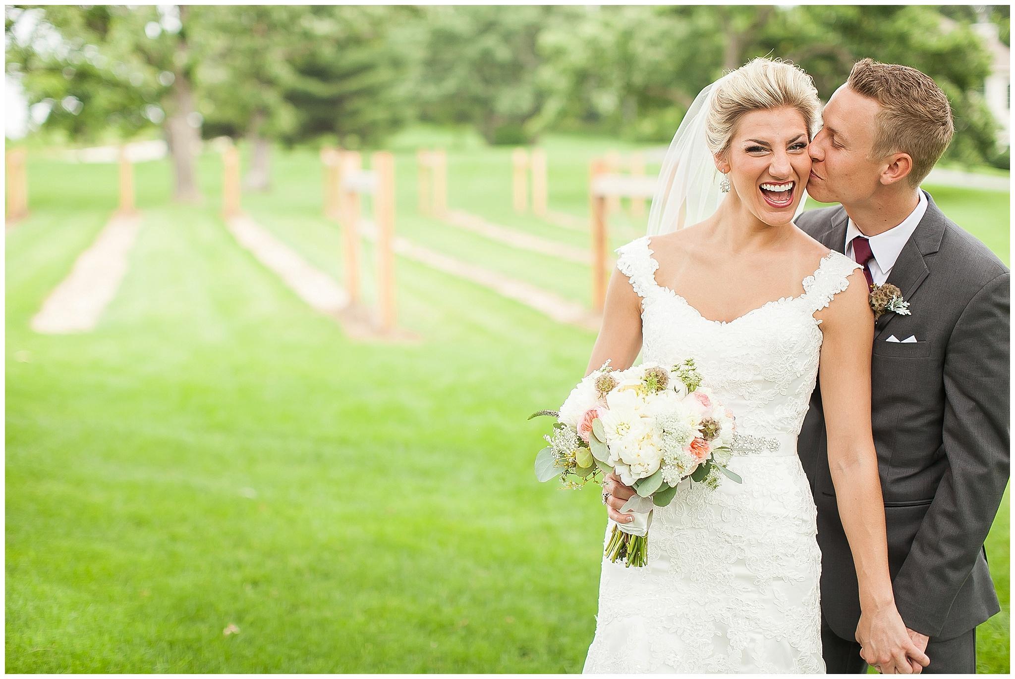 Madison_Wisconsin_Wedding_Photographers_0118.jpg