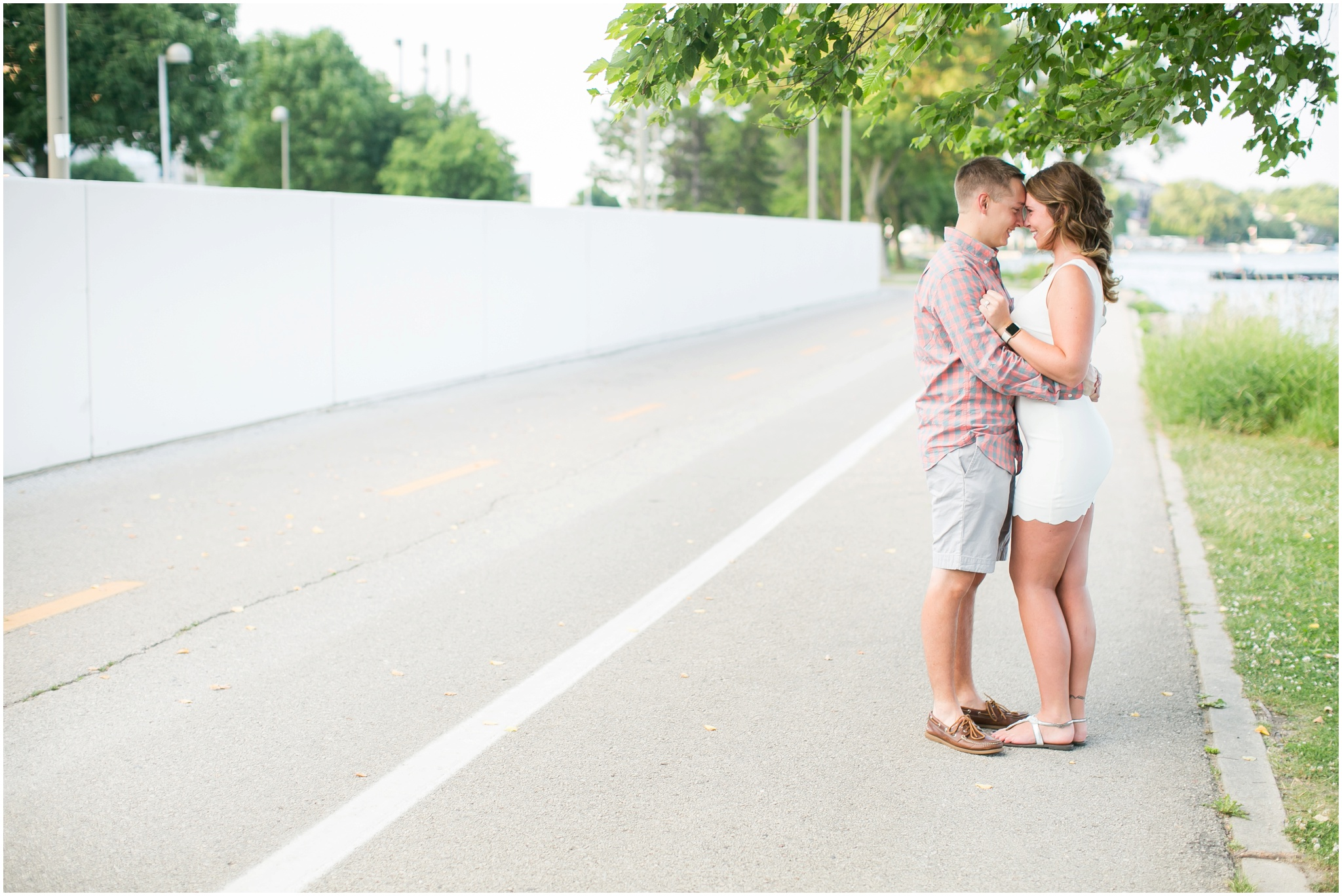 Downtown_Madison_Wisconsin_Engagement_Session_Waterfront_Monona_Terrace_0466.jpg