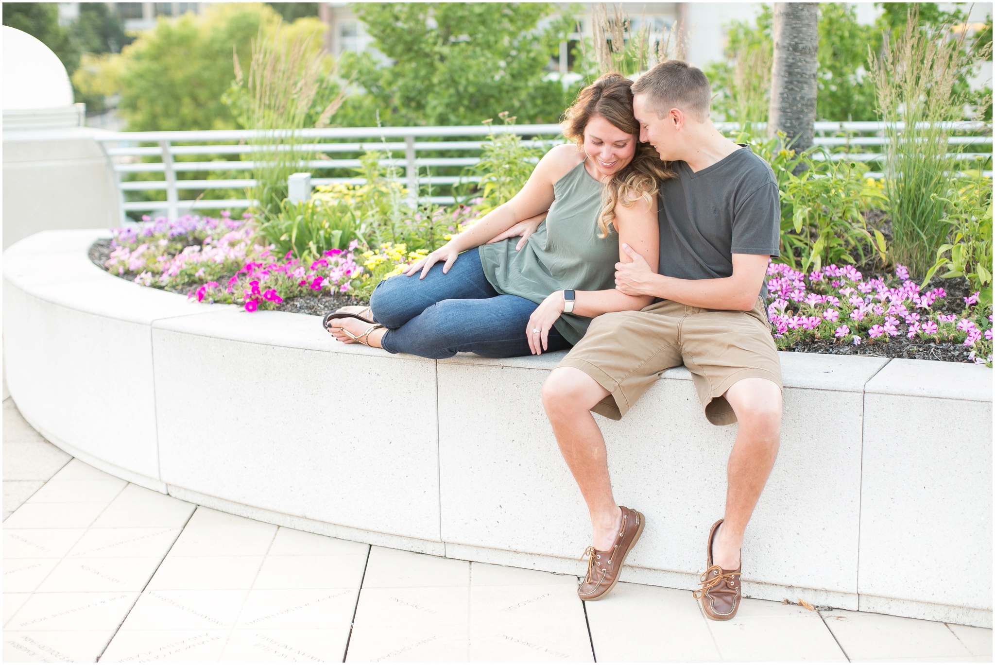 Downtown_Madison_Wisconsin_Engagement_Session_Waterfront_Monona_Terrace_0484.jpg