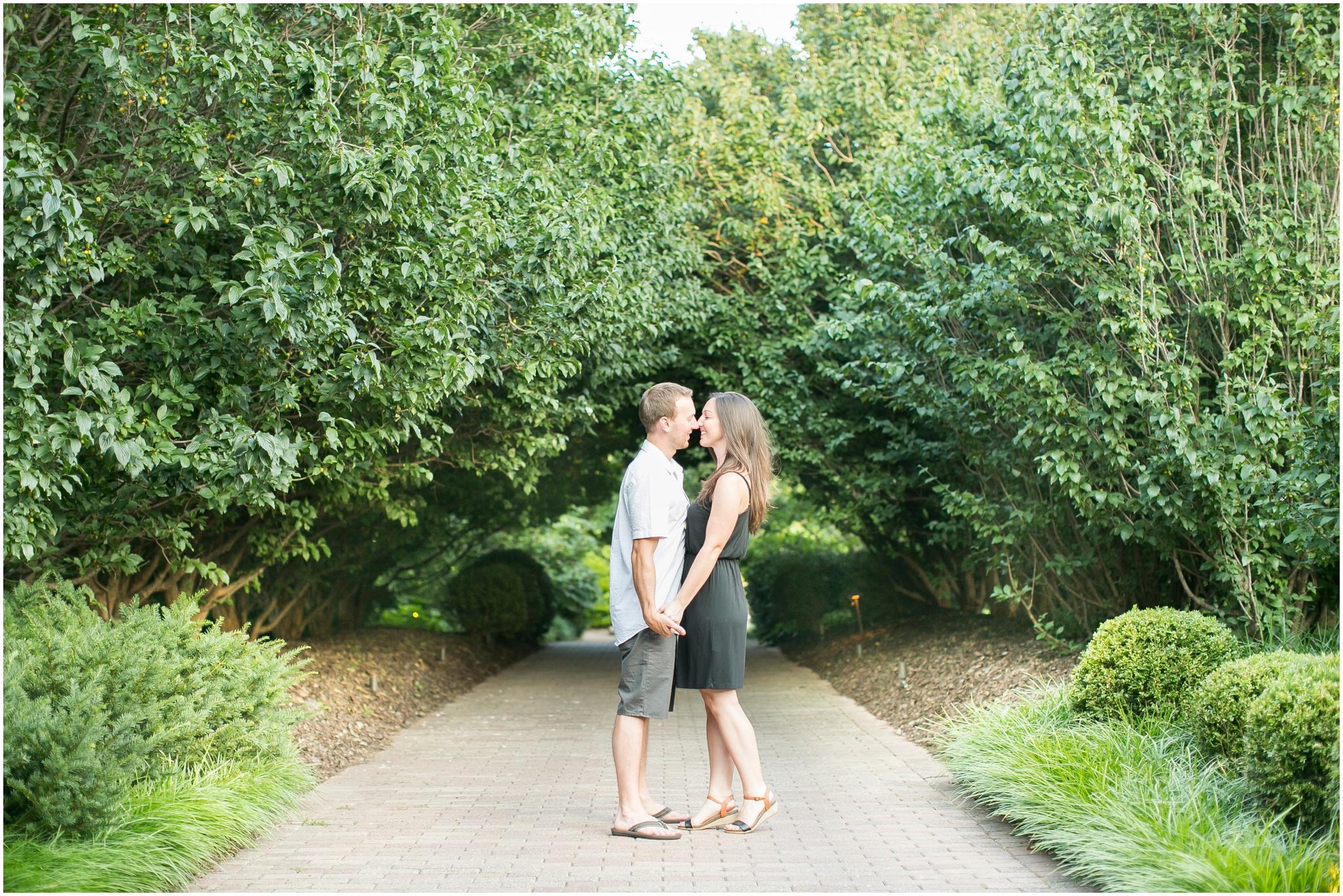 Olbrich_Botanical_Gardens_Madison_Wisconsin_Engagement_Session_0833.jpg
